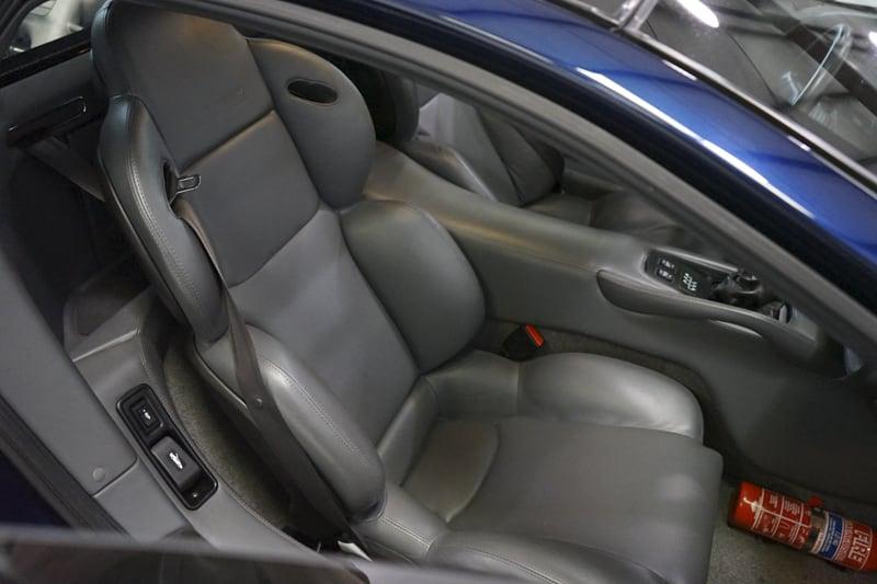 1994_Jaguar_XJ220_sale_0038
