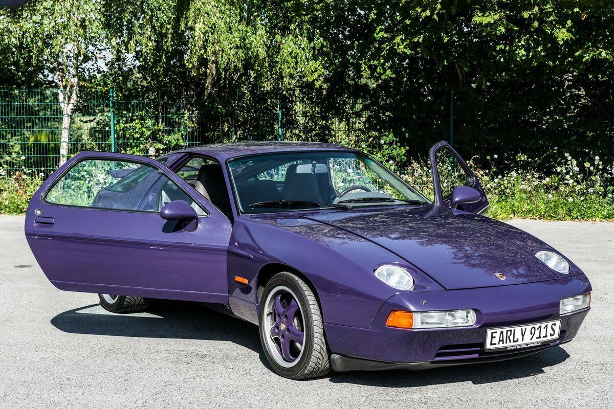 1994_Porsche_928_GTS_0010