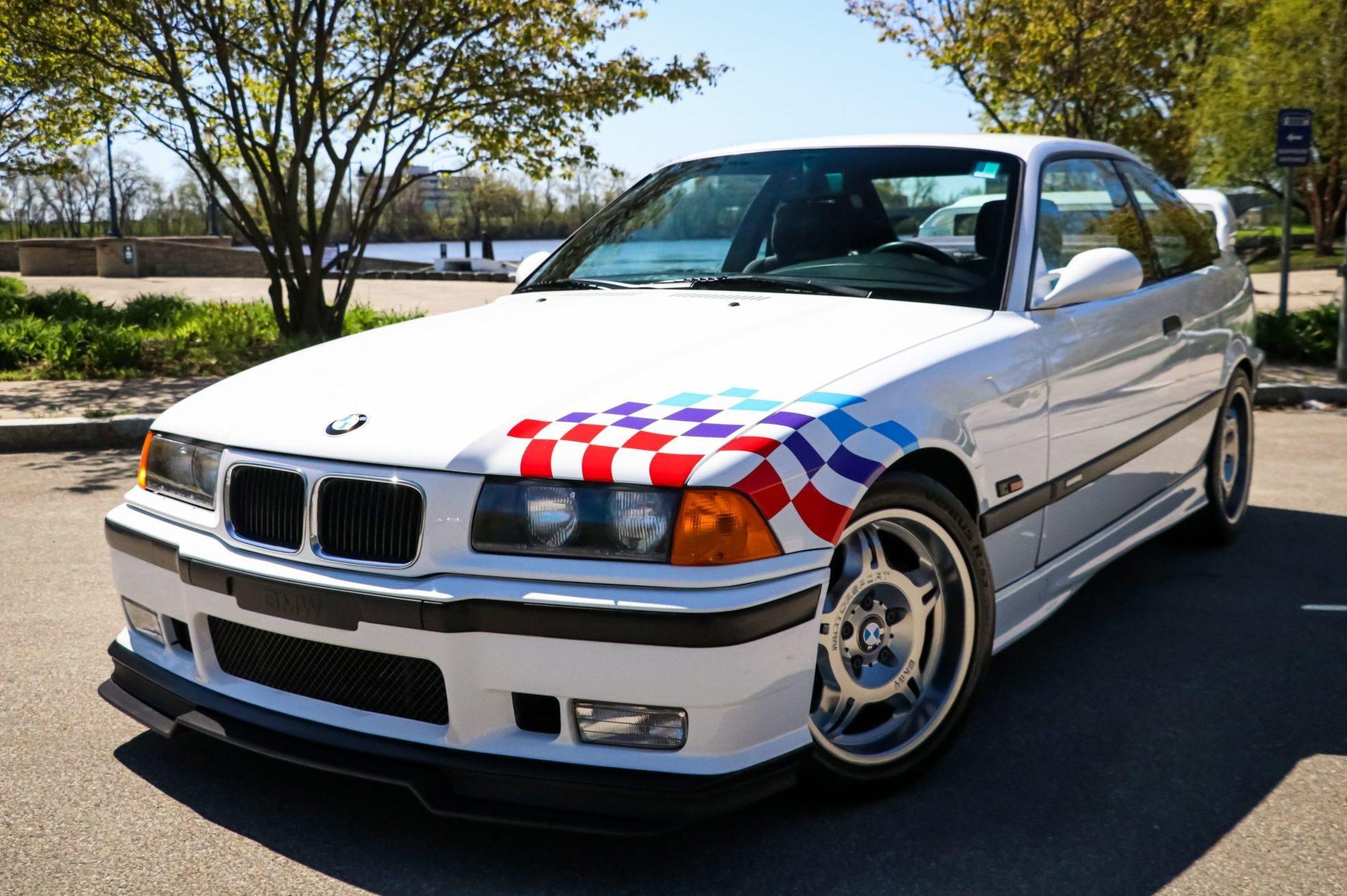 1995_BMW_M3_Lightweight_0000