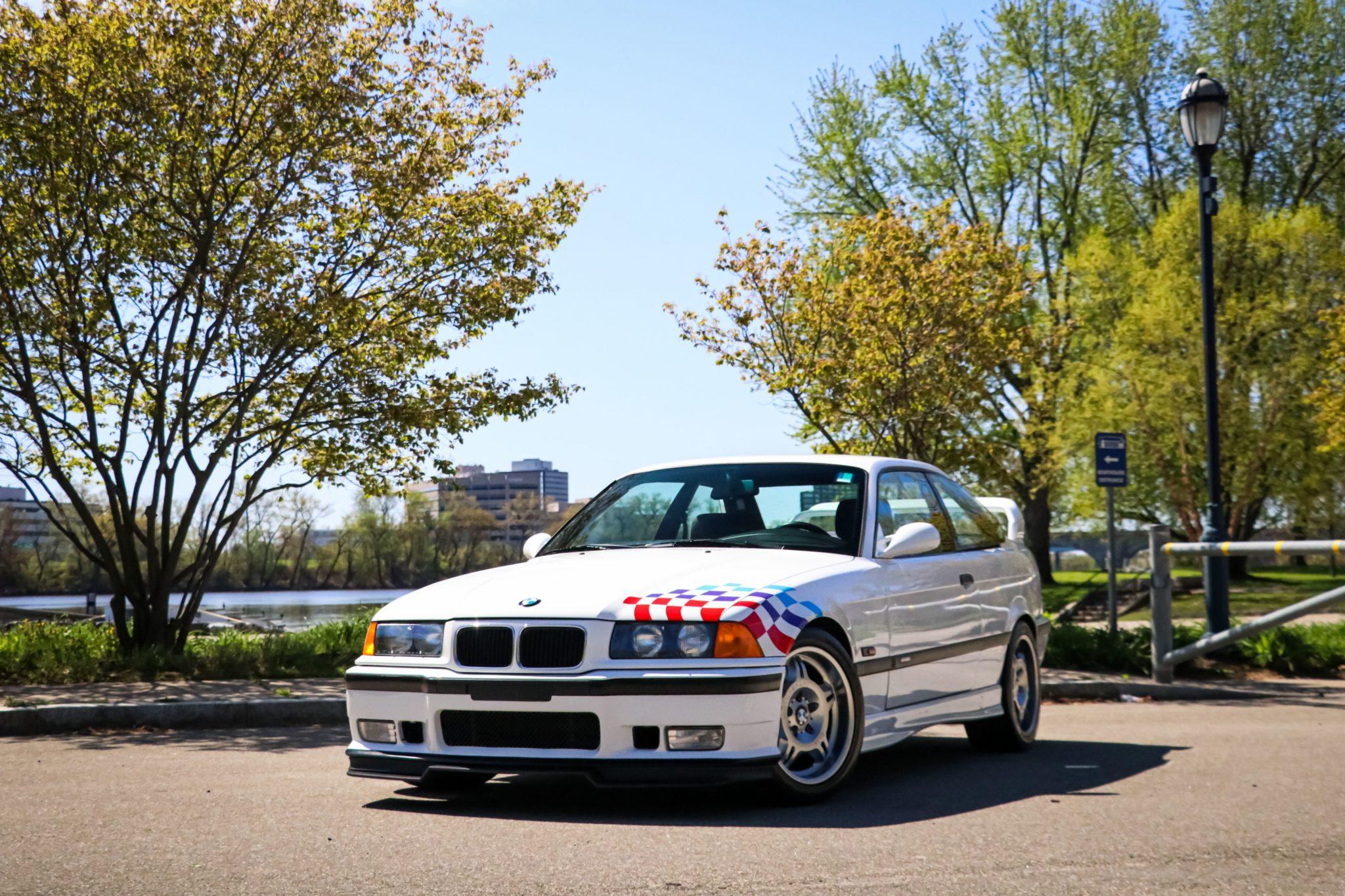 1995_BMW_M3_Lightweight_0001