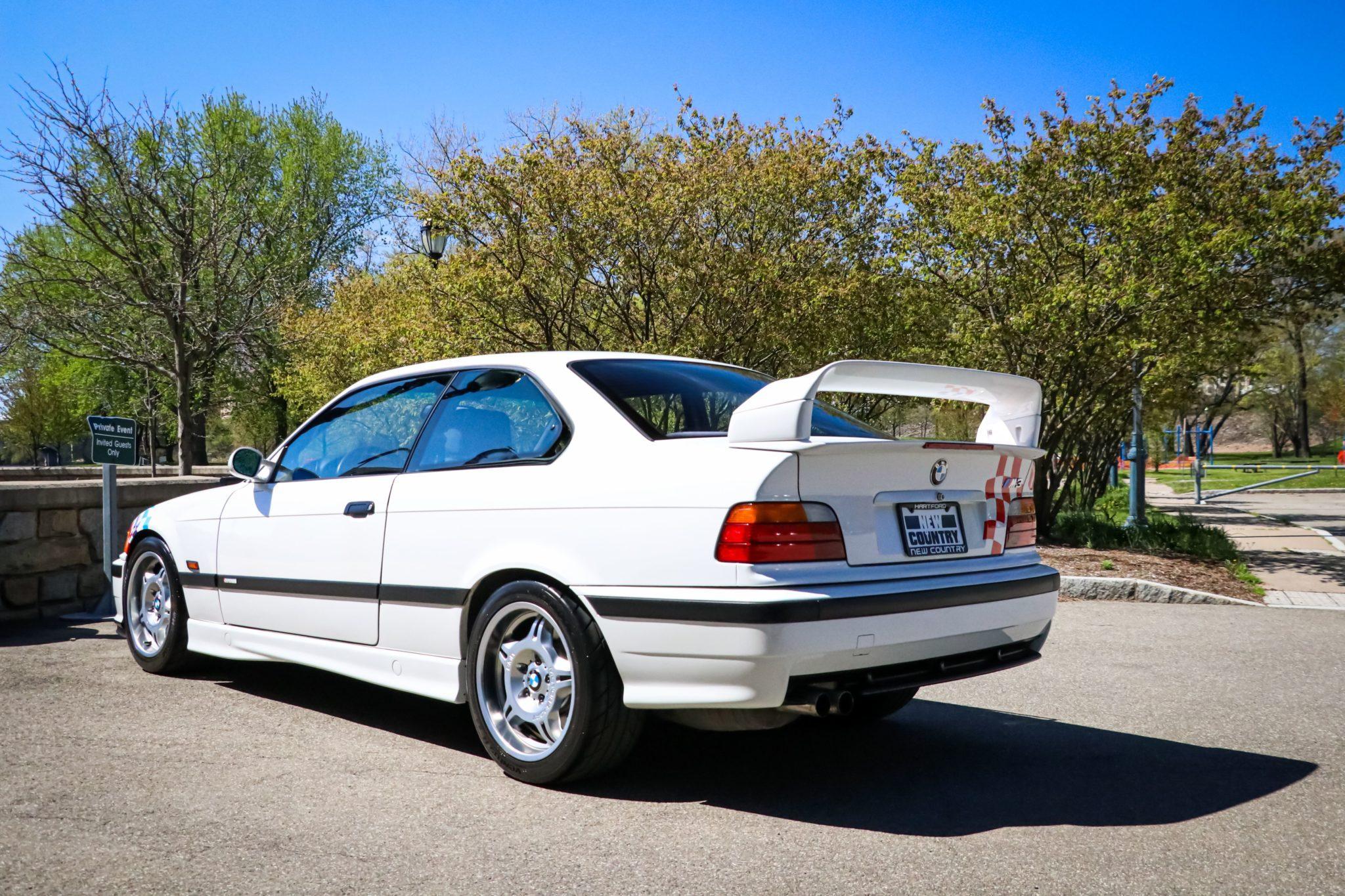 1995_BMW_M3_Lightweight_0003