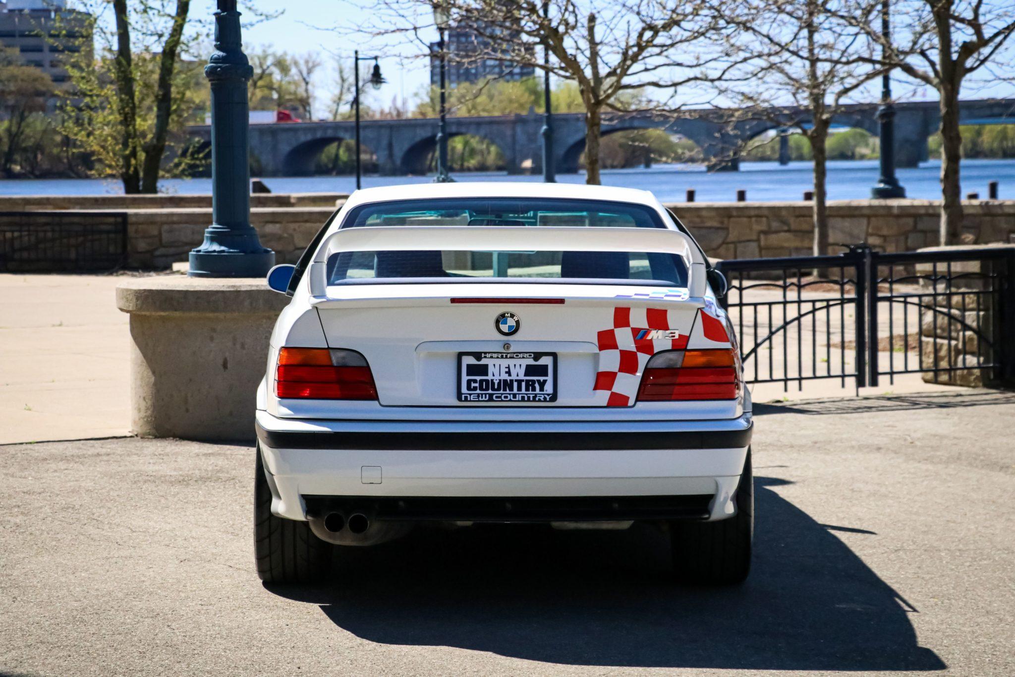 1995_BMW_M3_Lightweight_0004