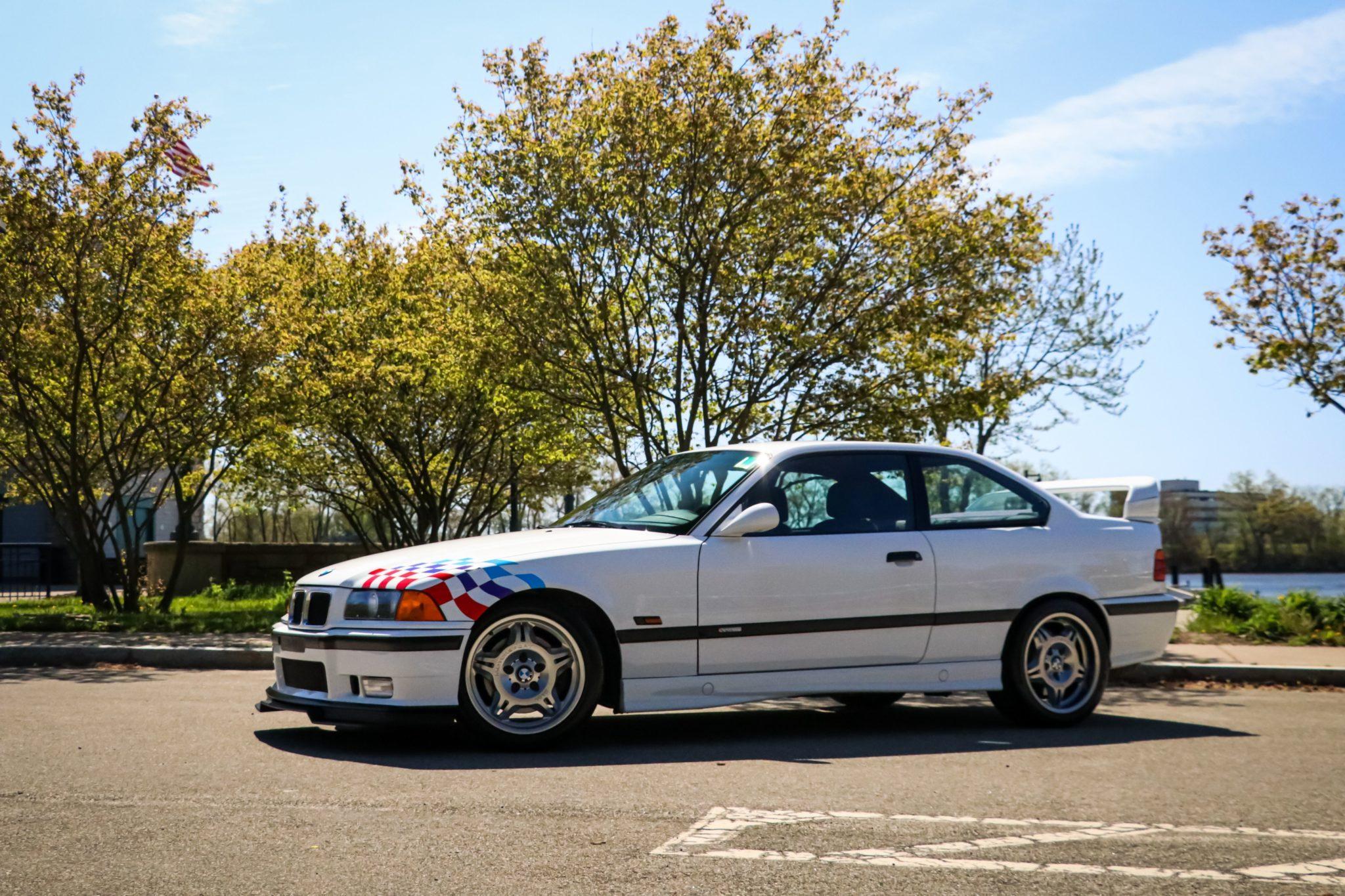 1995_BMW_M3_Lightweight_0008