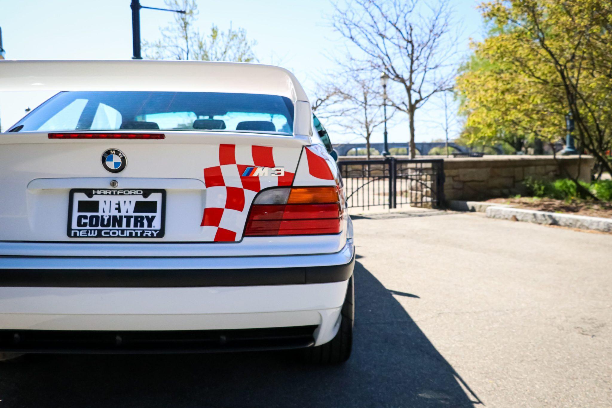 1995_BMW_M3_Lightweight_0010