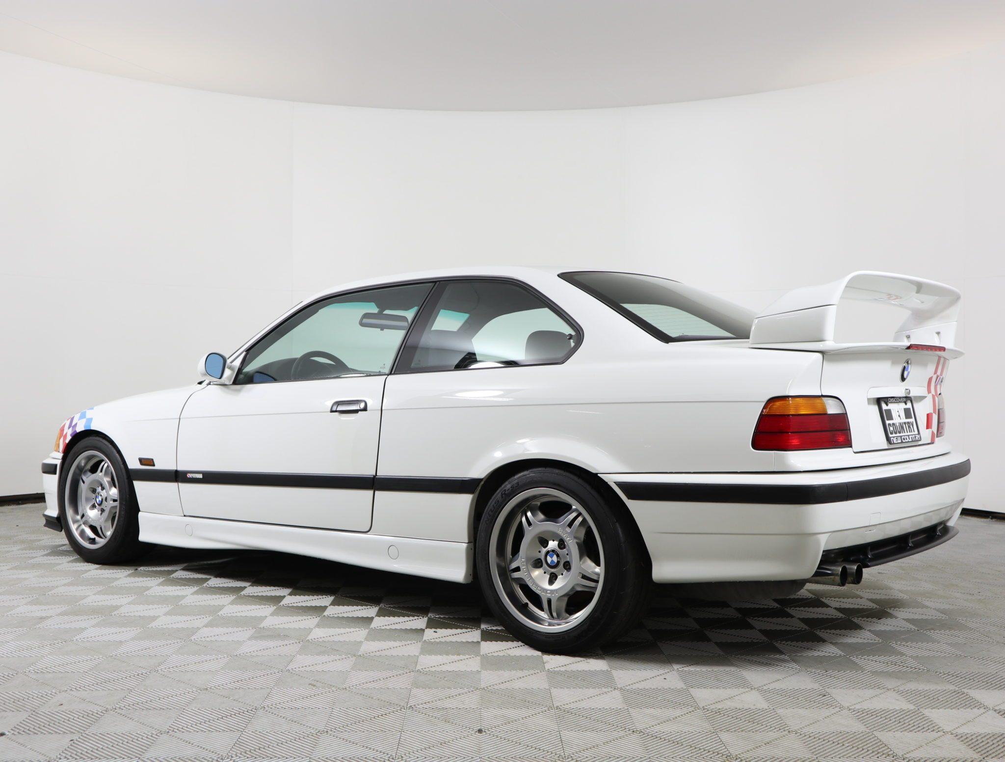 1995_BMW_M3_Lightweight_0015