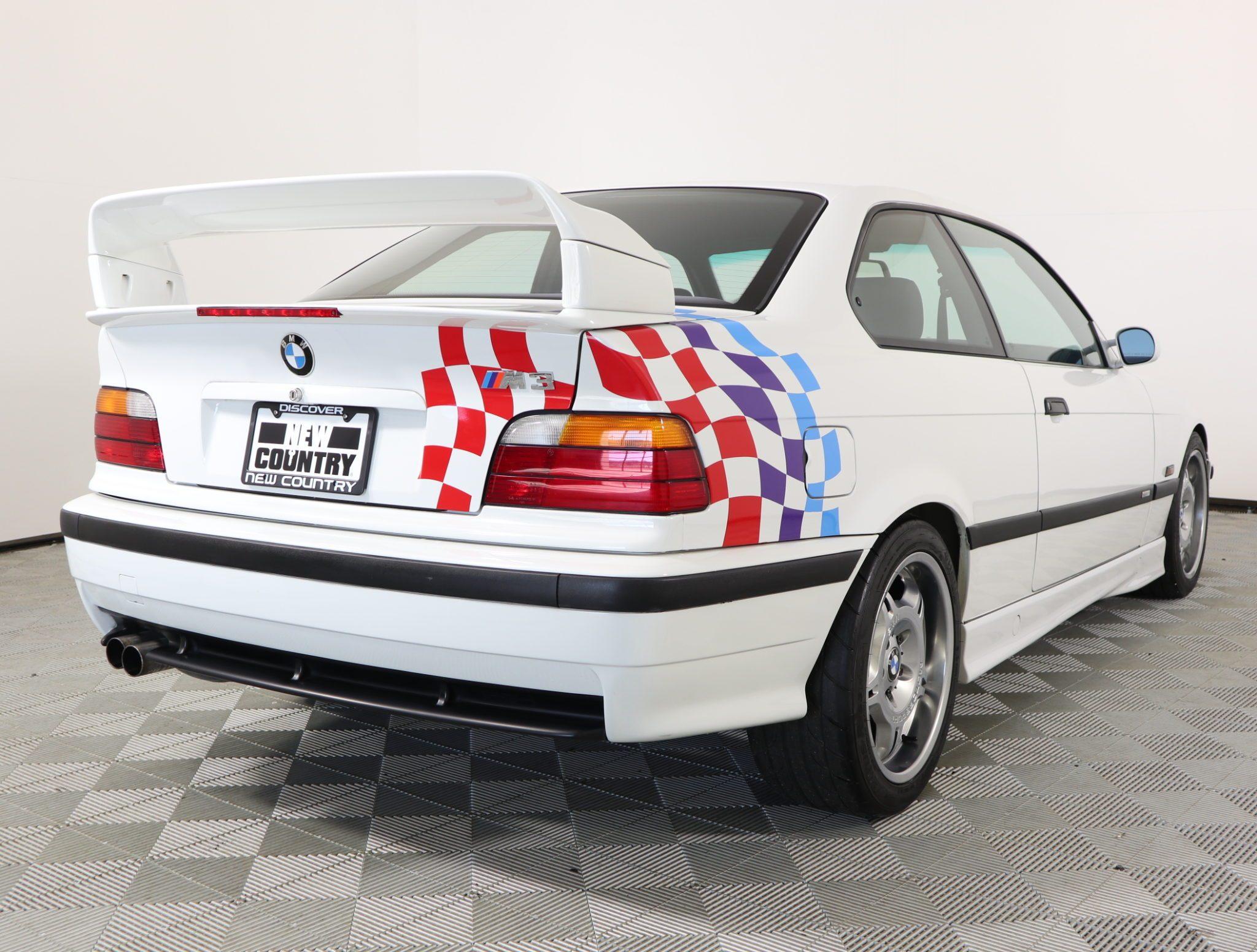 1995_BMW_M3_Lightweight_0017