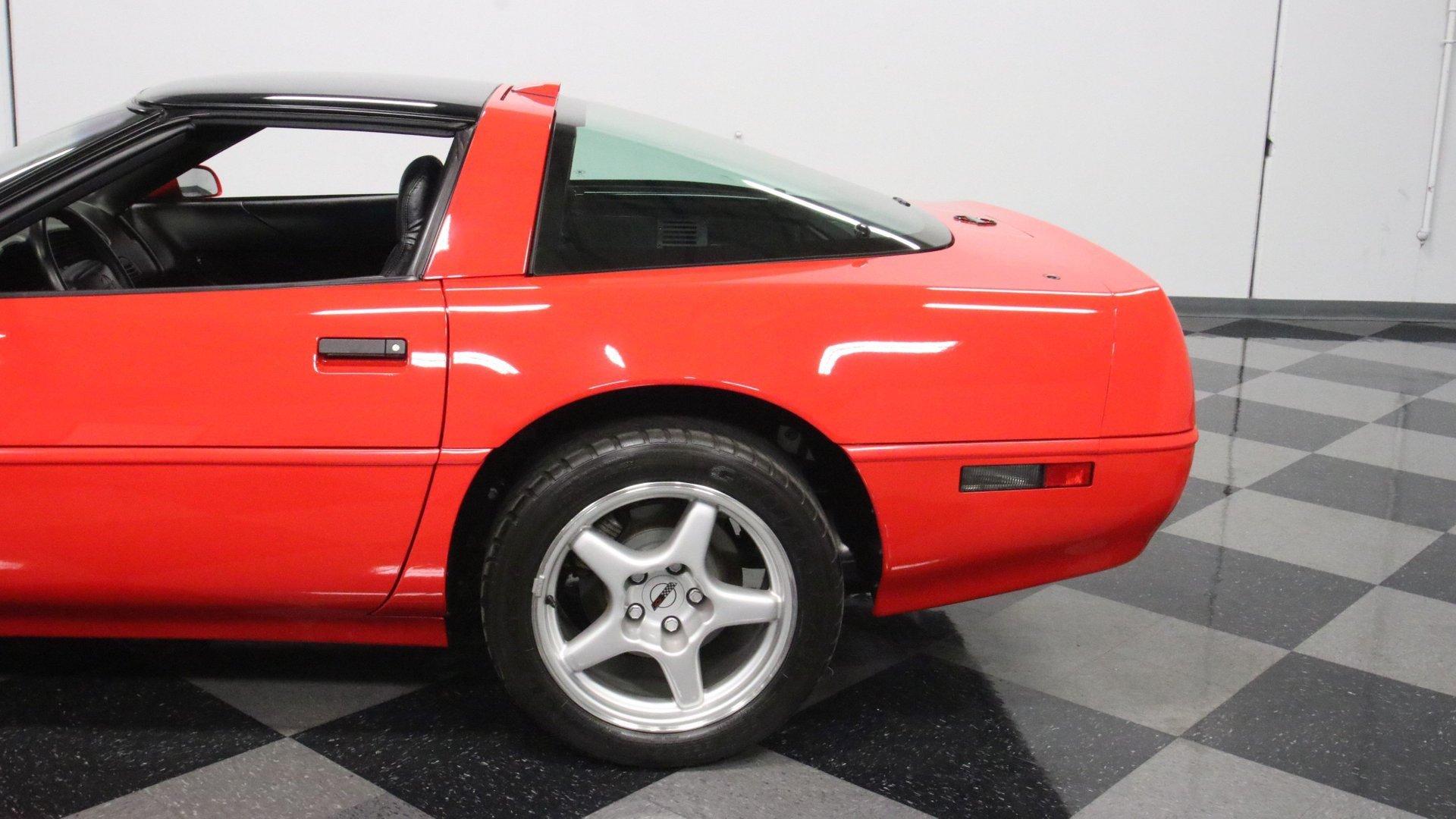1995_Chevrolet_Corvette_ZR1_sale_0023