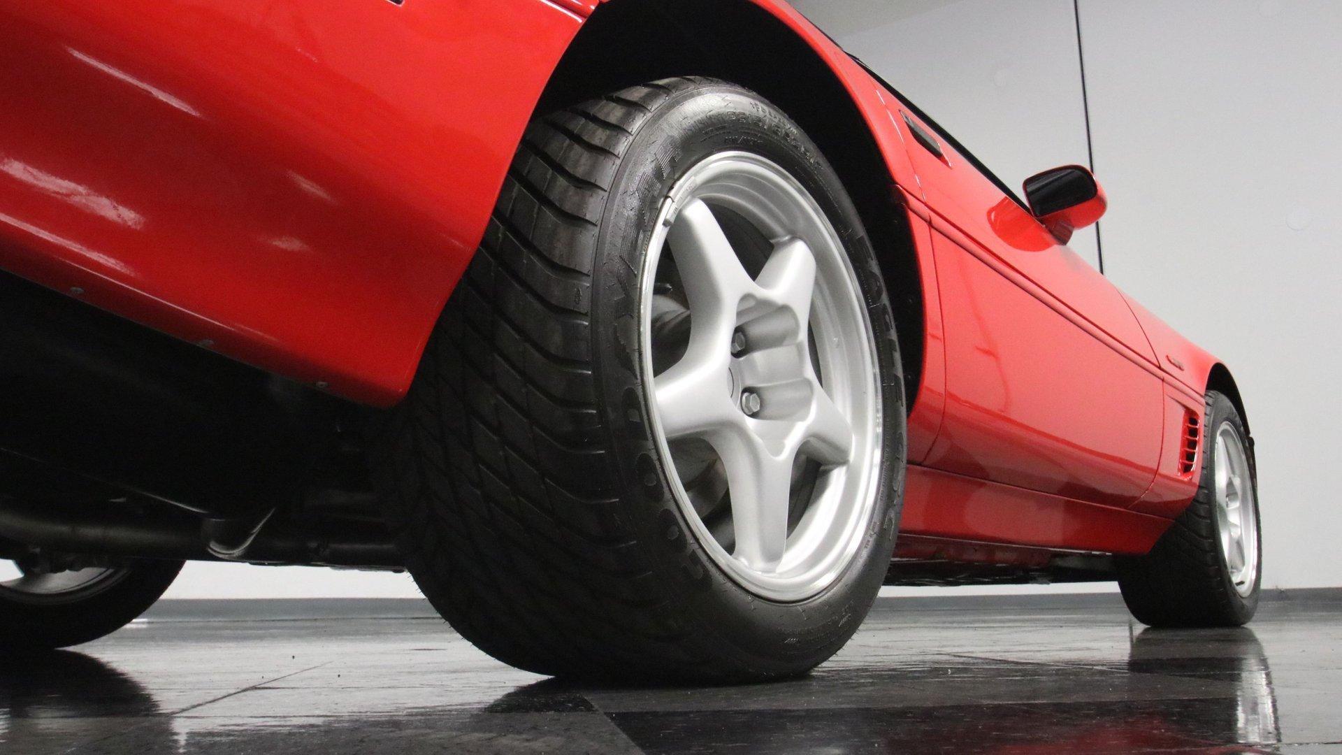 1995_Chevrolet_Corvette_ZR1_sale_0027