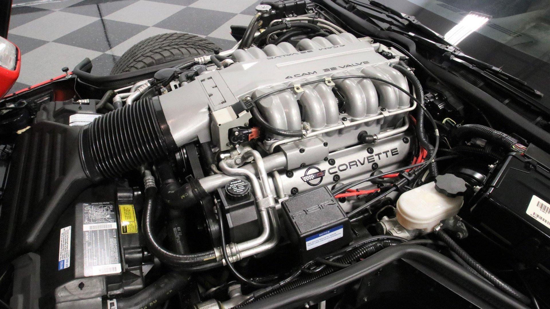 1995_Chevrolet_Corvette_ZR1_sale_0033