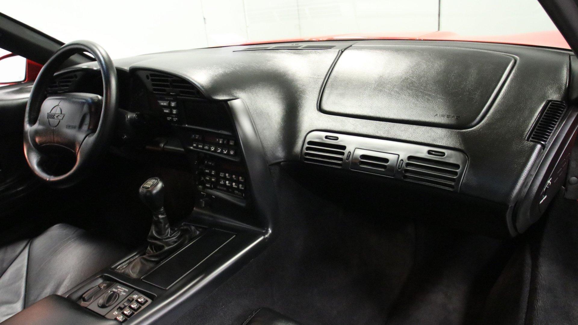 1995_Chevrolet_Corvette_ZR1_sale_0050
