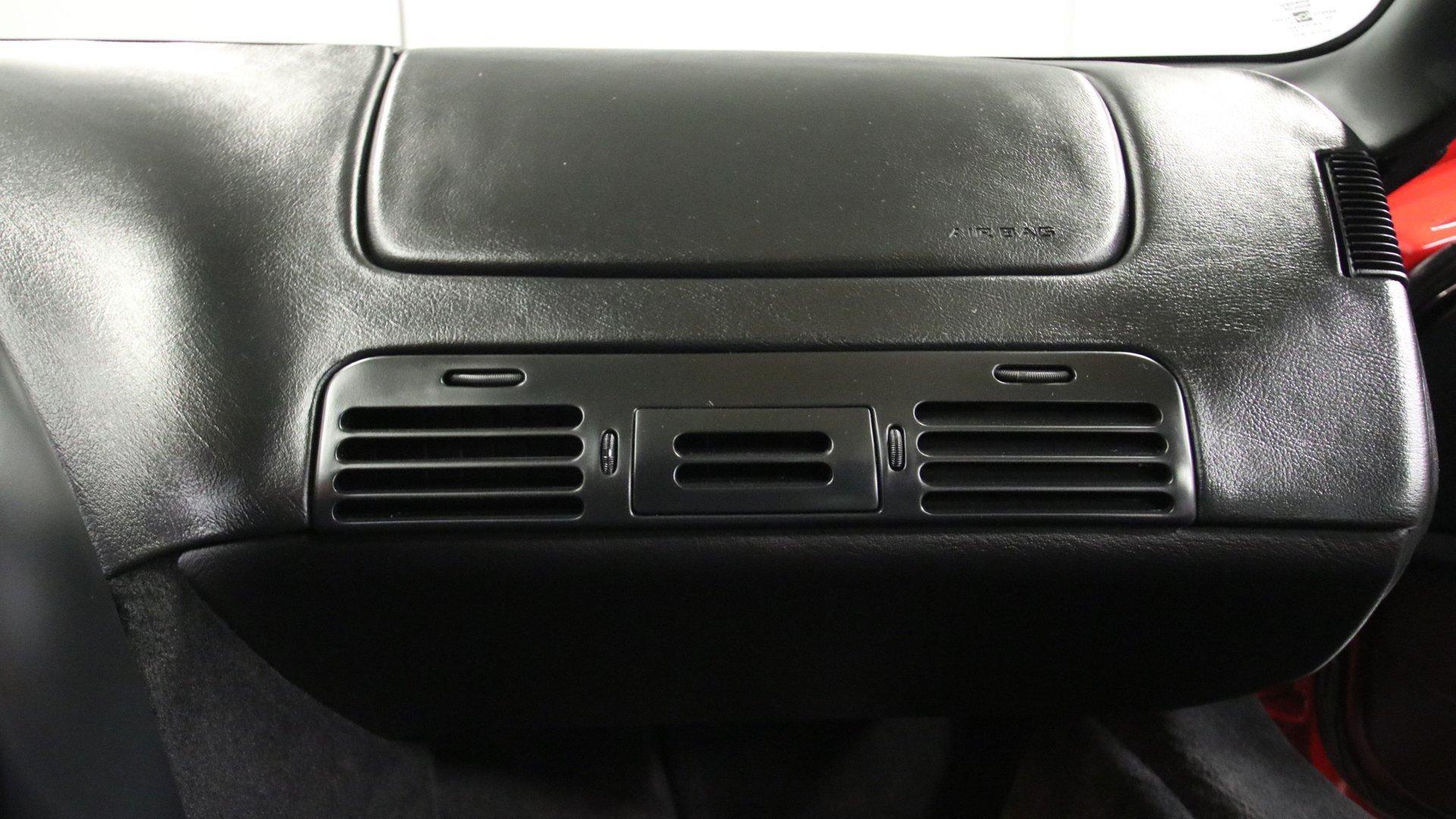 1995_Chevrolet_Corvette_ZR1_sale_0052