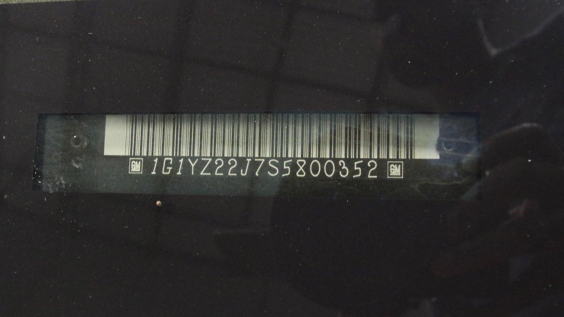 1995_Chevrolet_Corvette_ZR1_sale_0058