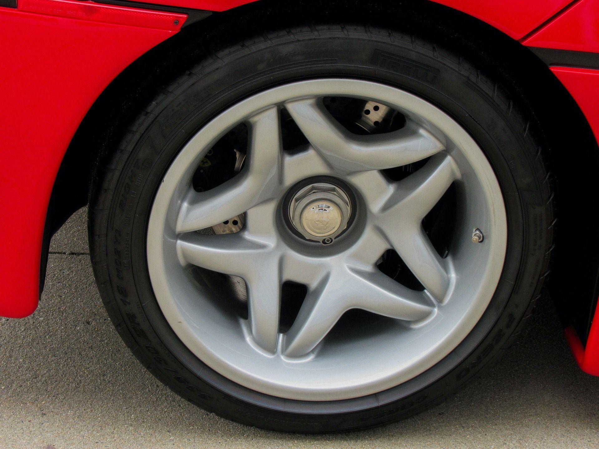 1995_Ferrari_F50_sale_0021