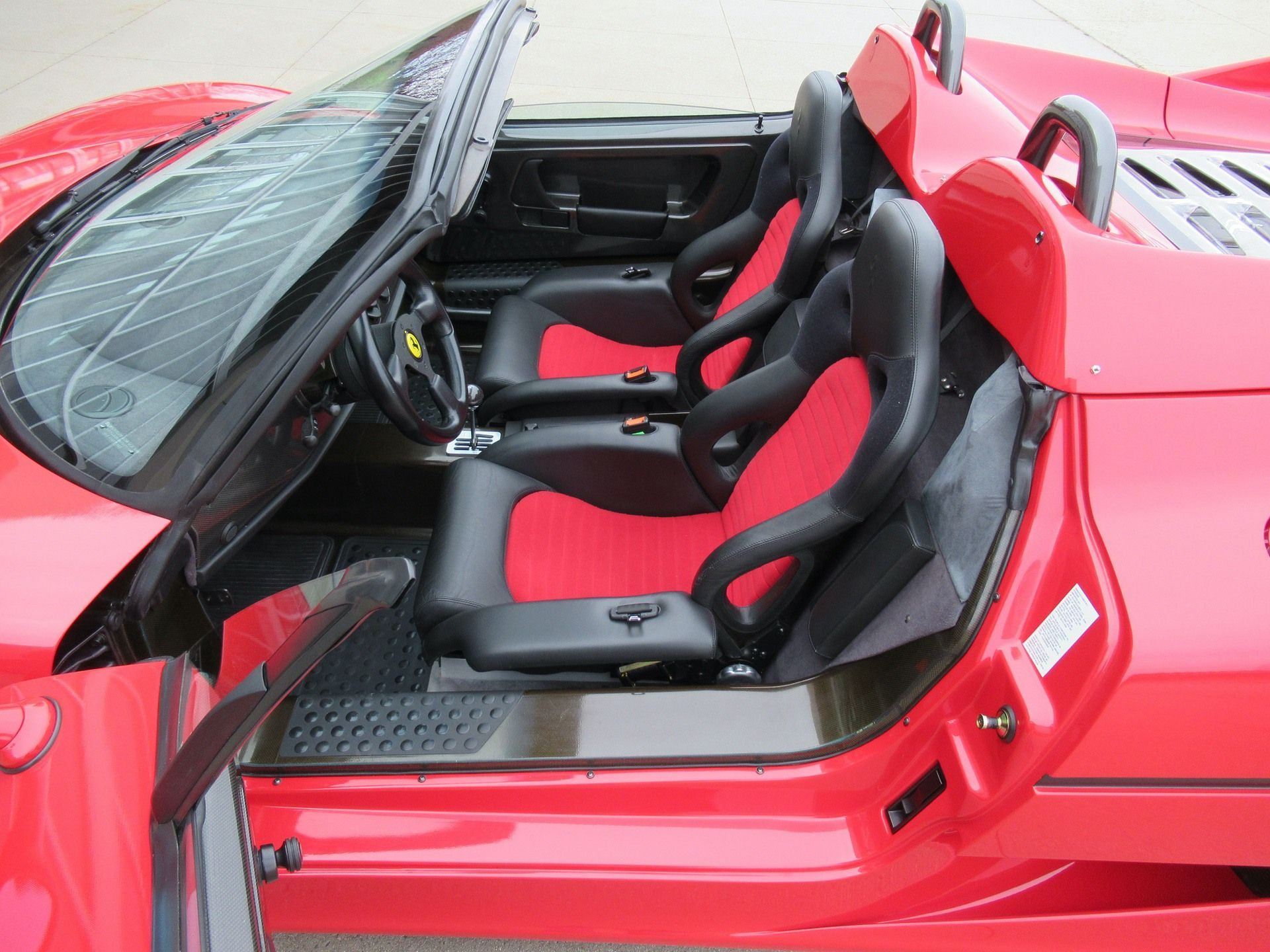 1995_Ferrari_F50_sale_0028