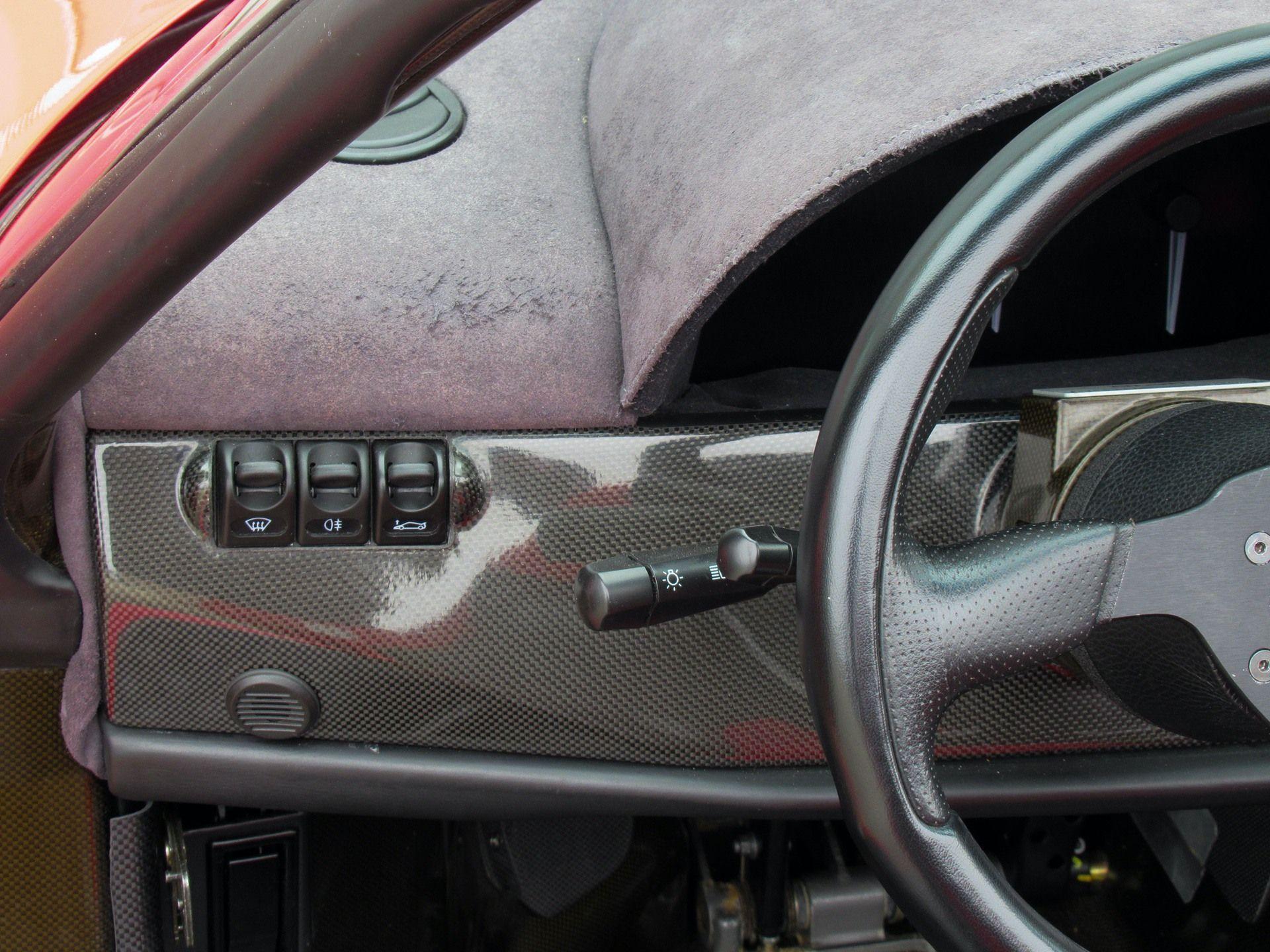 1995_Ferrari_F50_sale_0032