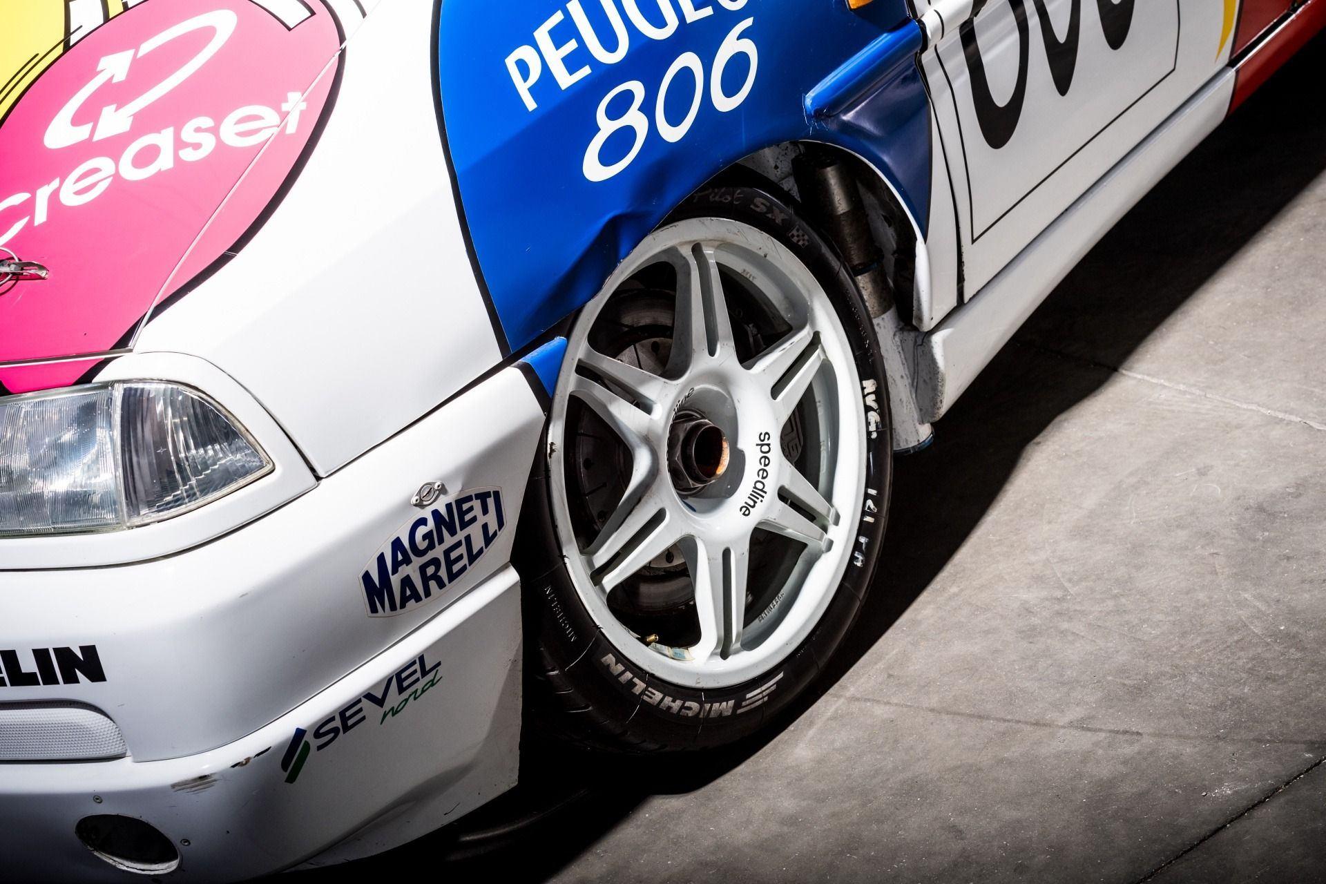 1995_Peugeot_806_ProCar_0008