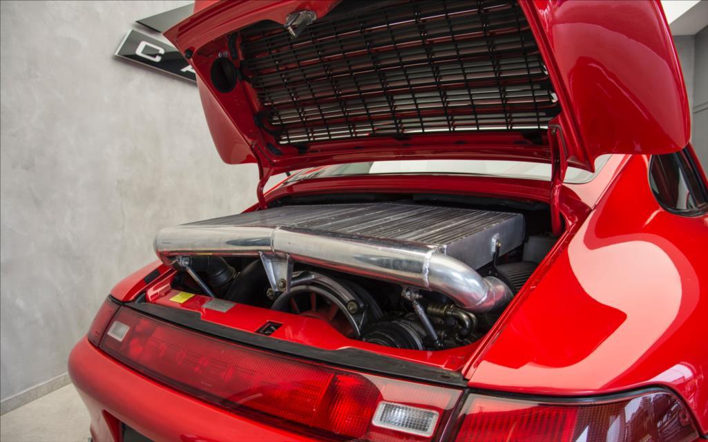 1995_Porsche_911_GT2_sale_0005