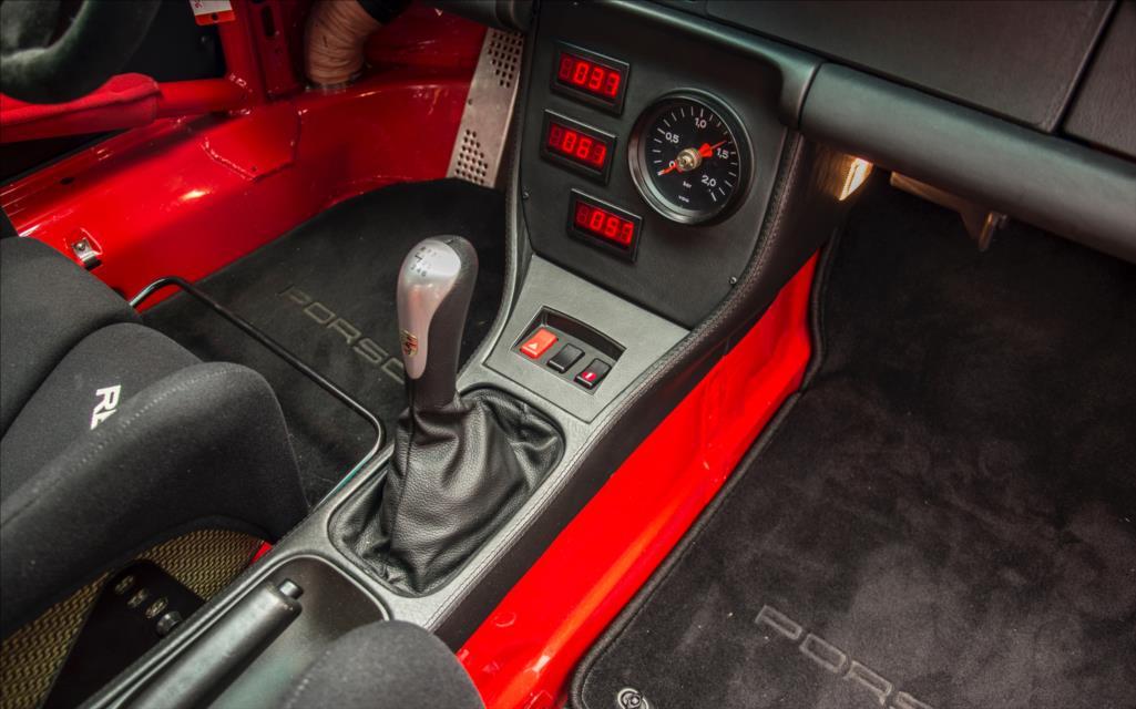1995_Porsche_911_GT2_sale_0010