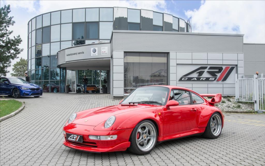 1995_Porsche_911_GT2_sale_0012