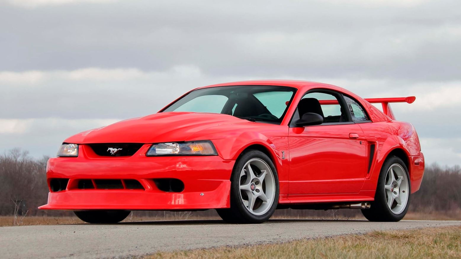 ford-mustang-svt-cobra-r-auction-1