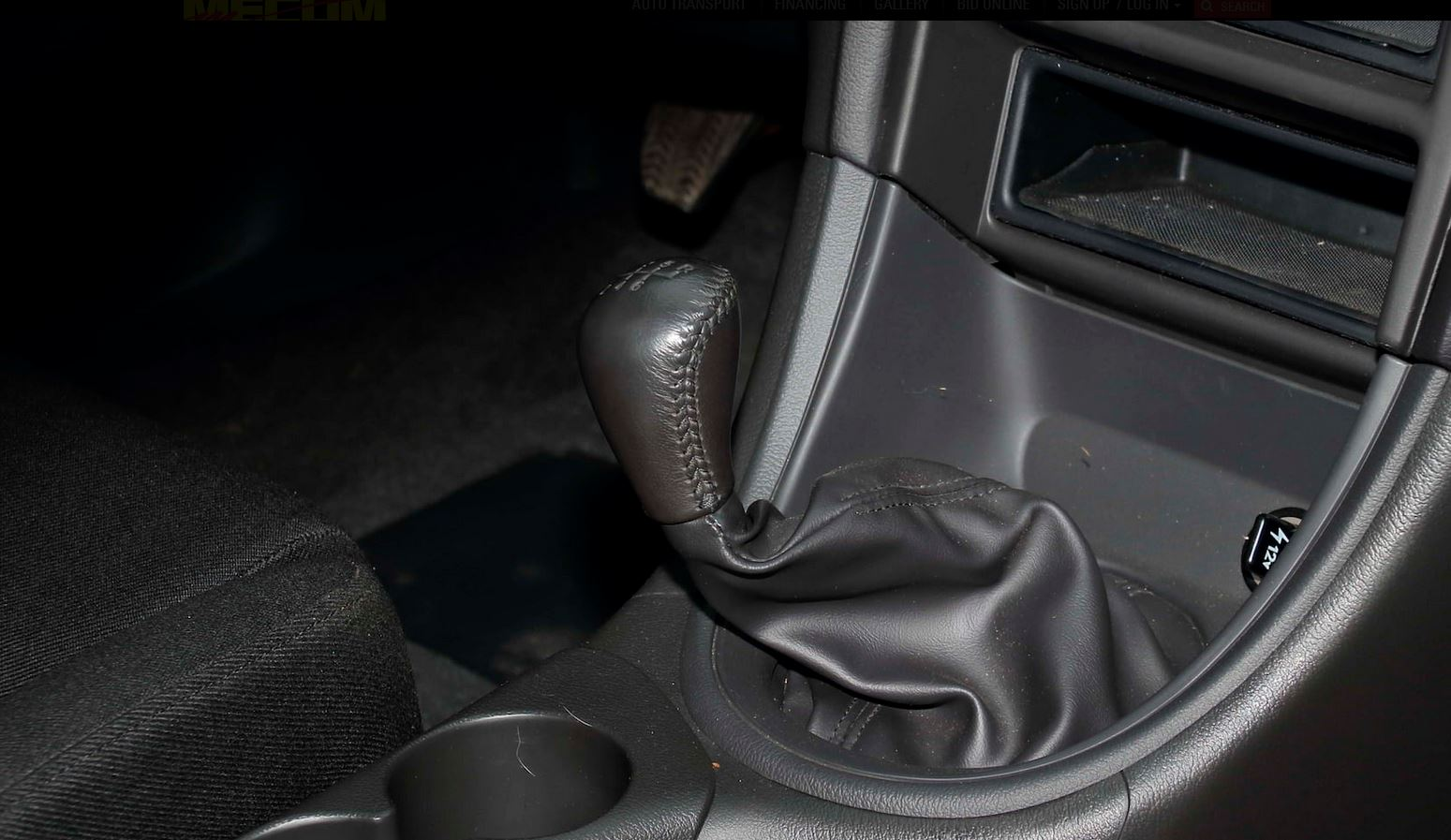 ford-mustang-svt-cobra-r-auction-10
