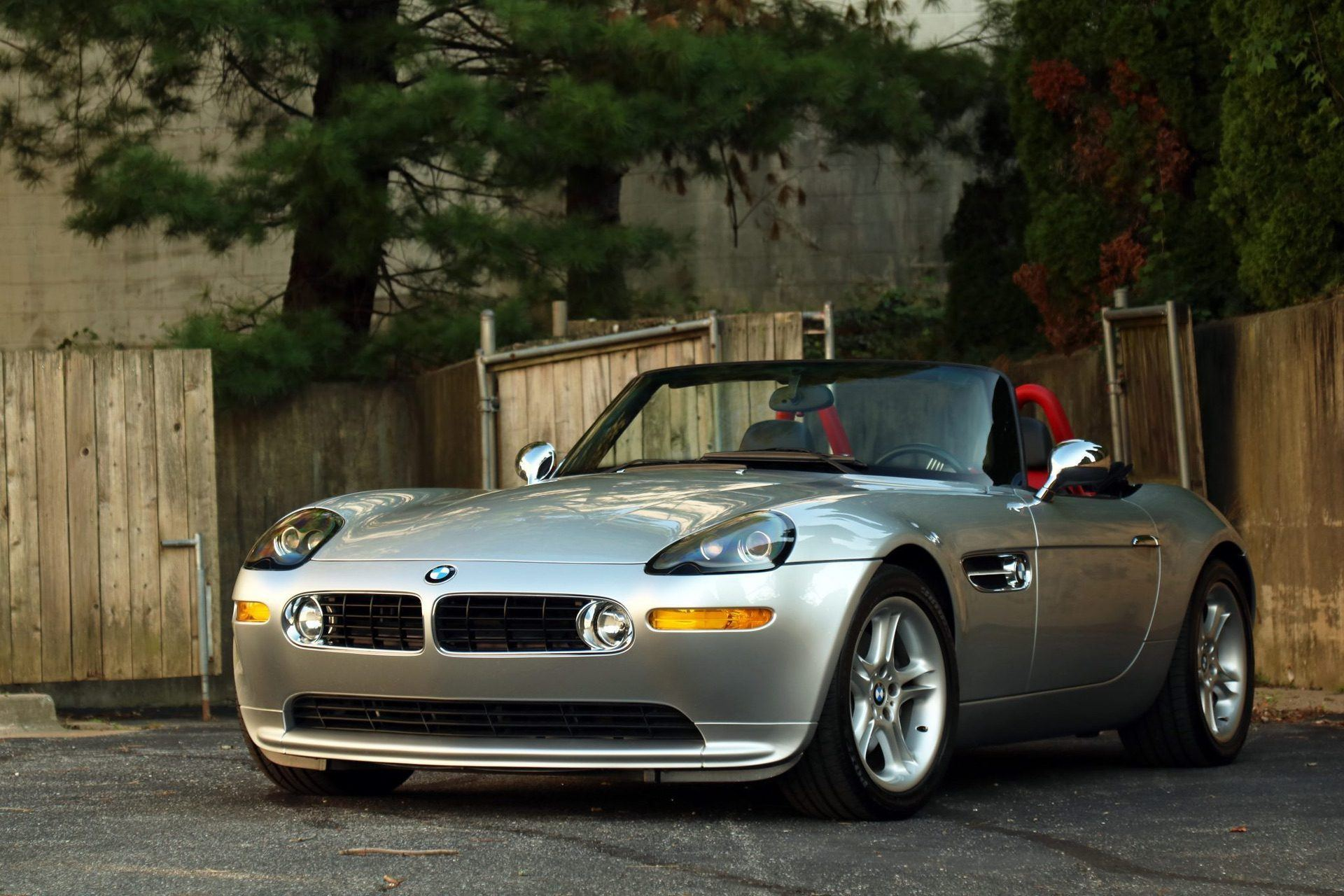 2002_BMW_Z8_auction_0002