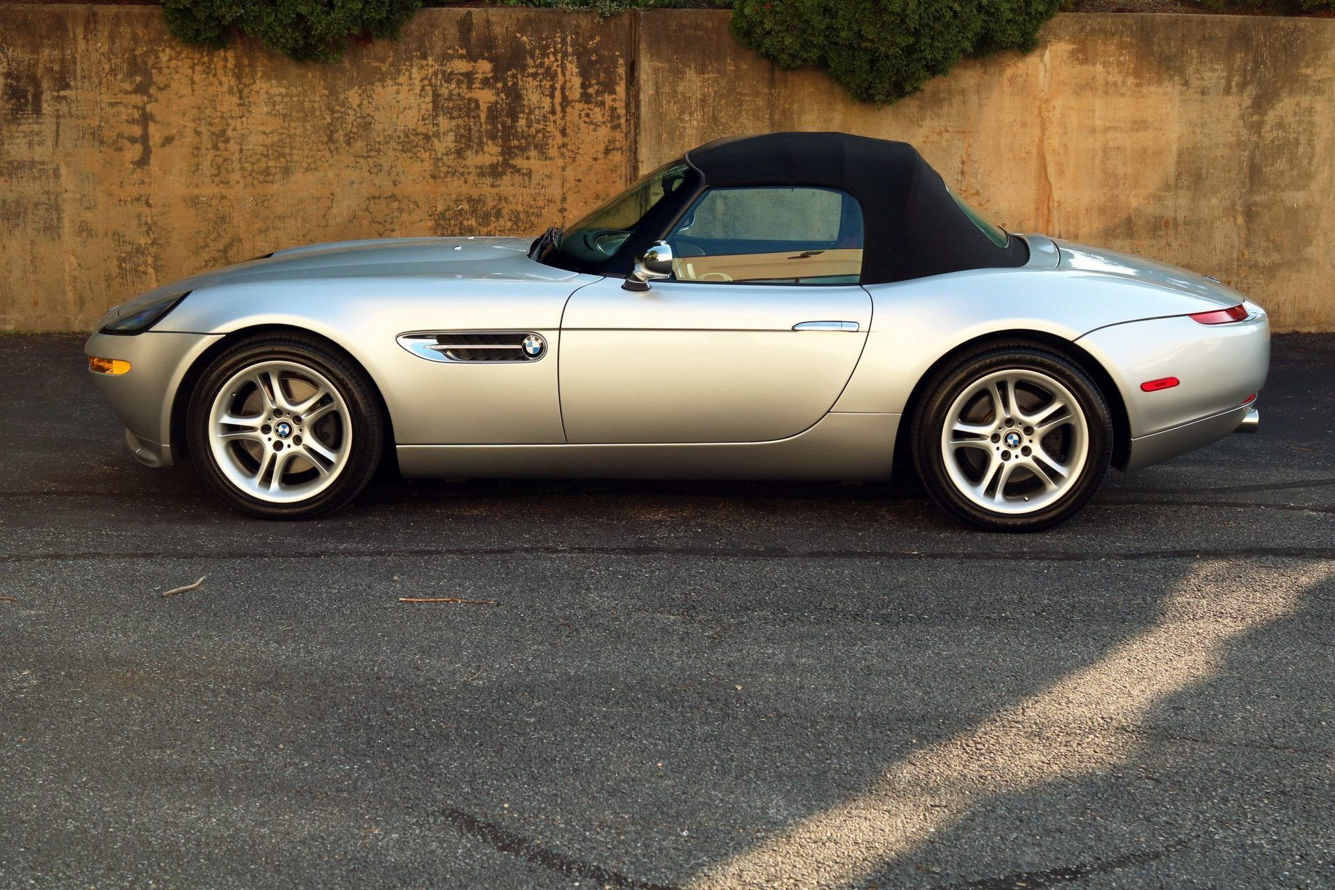 2002_BMW_Z8_auction_0015