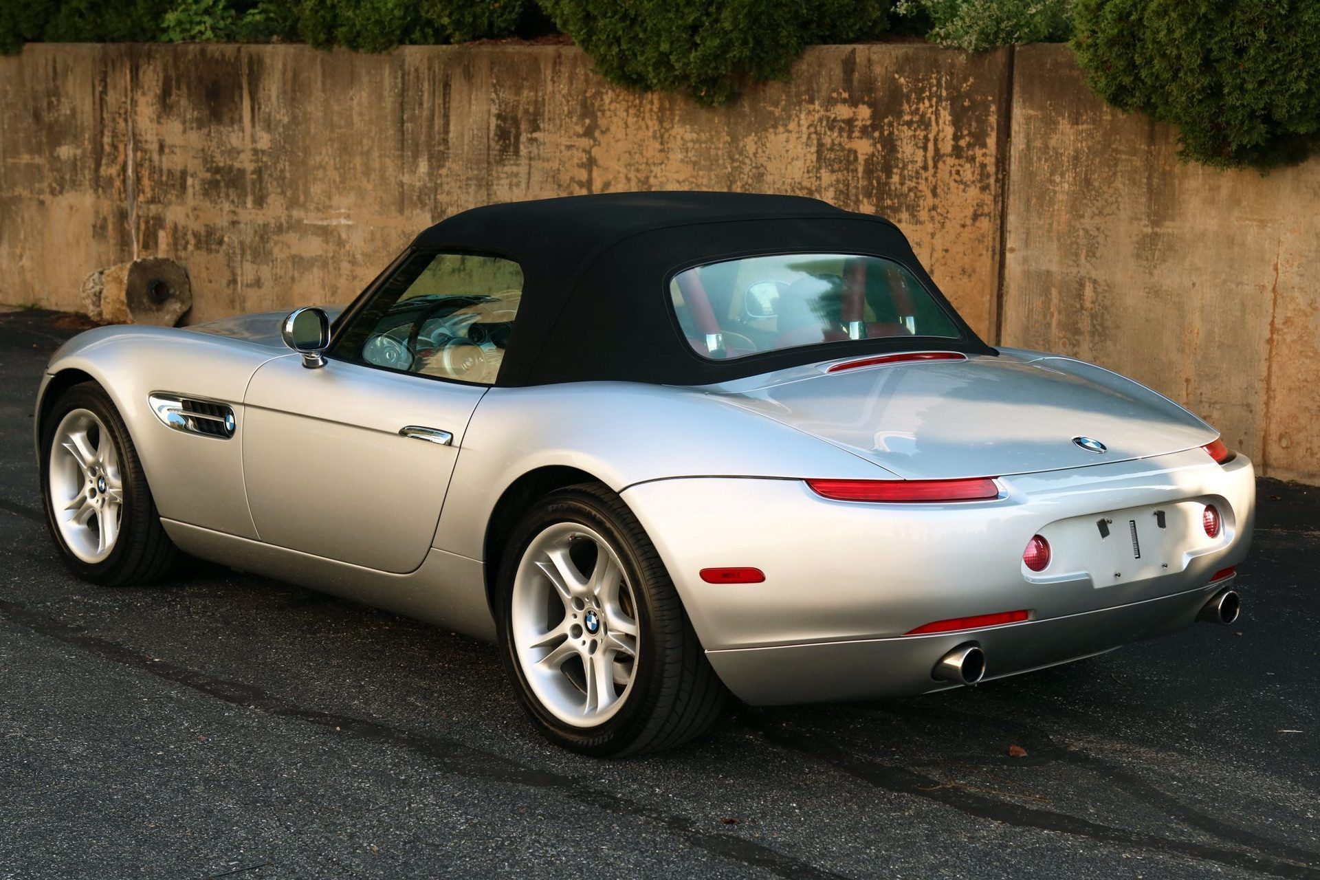 2002_BMW_Z8_auction_0016