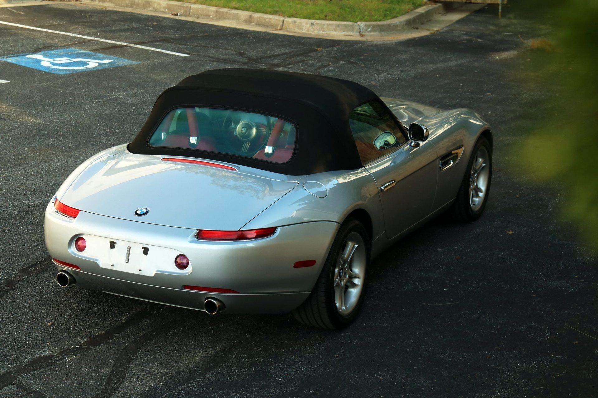 2002_BMW_Z8_auction_0020