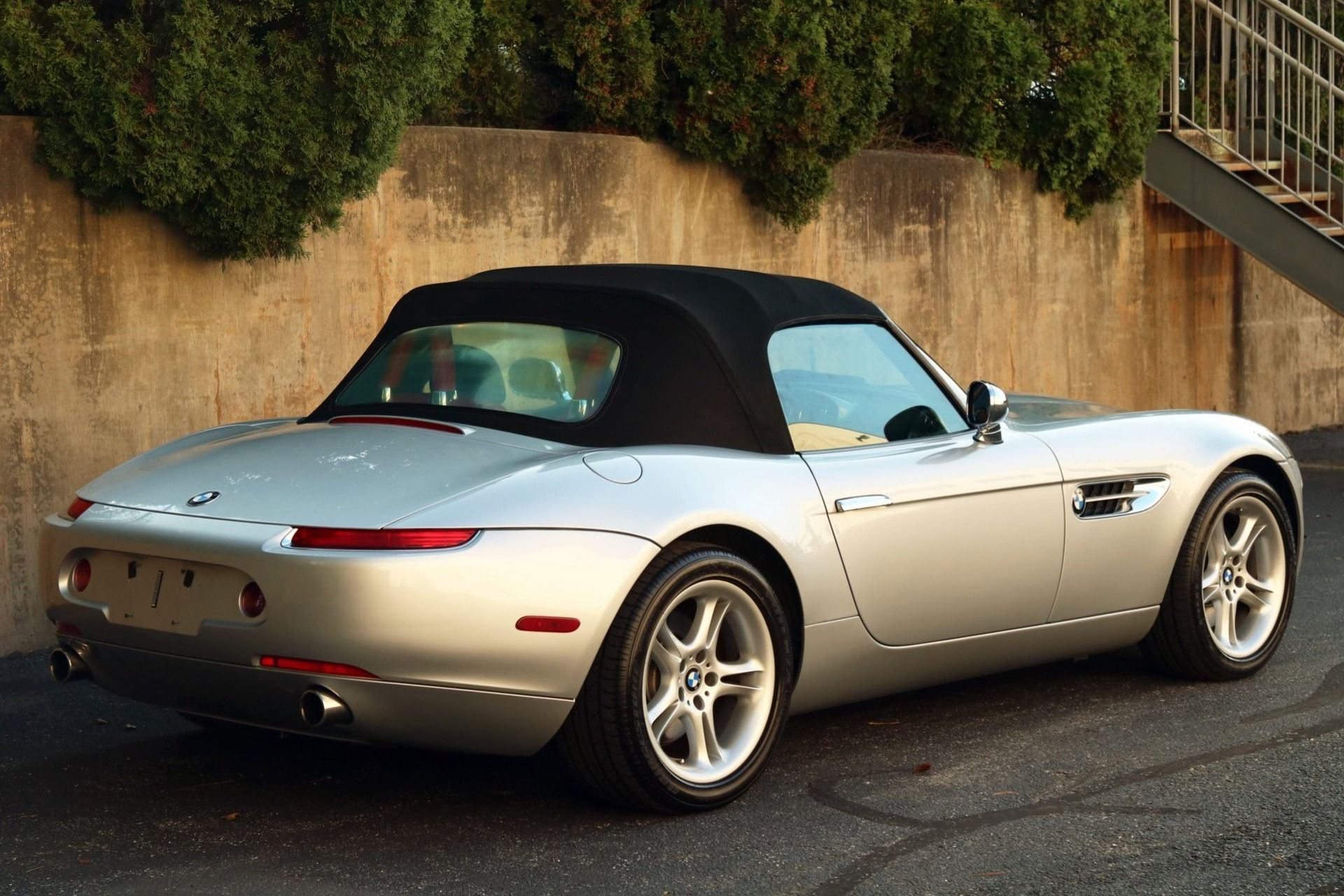 2002_BMW_Z8_auction_0021