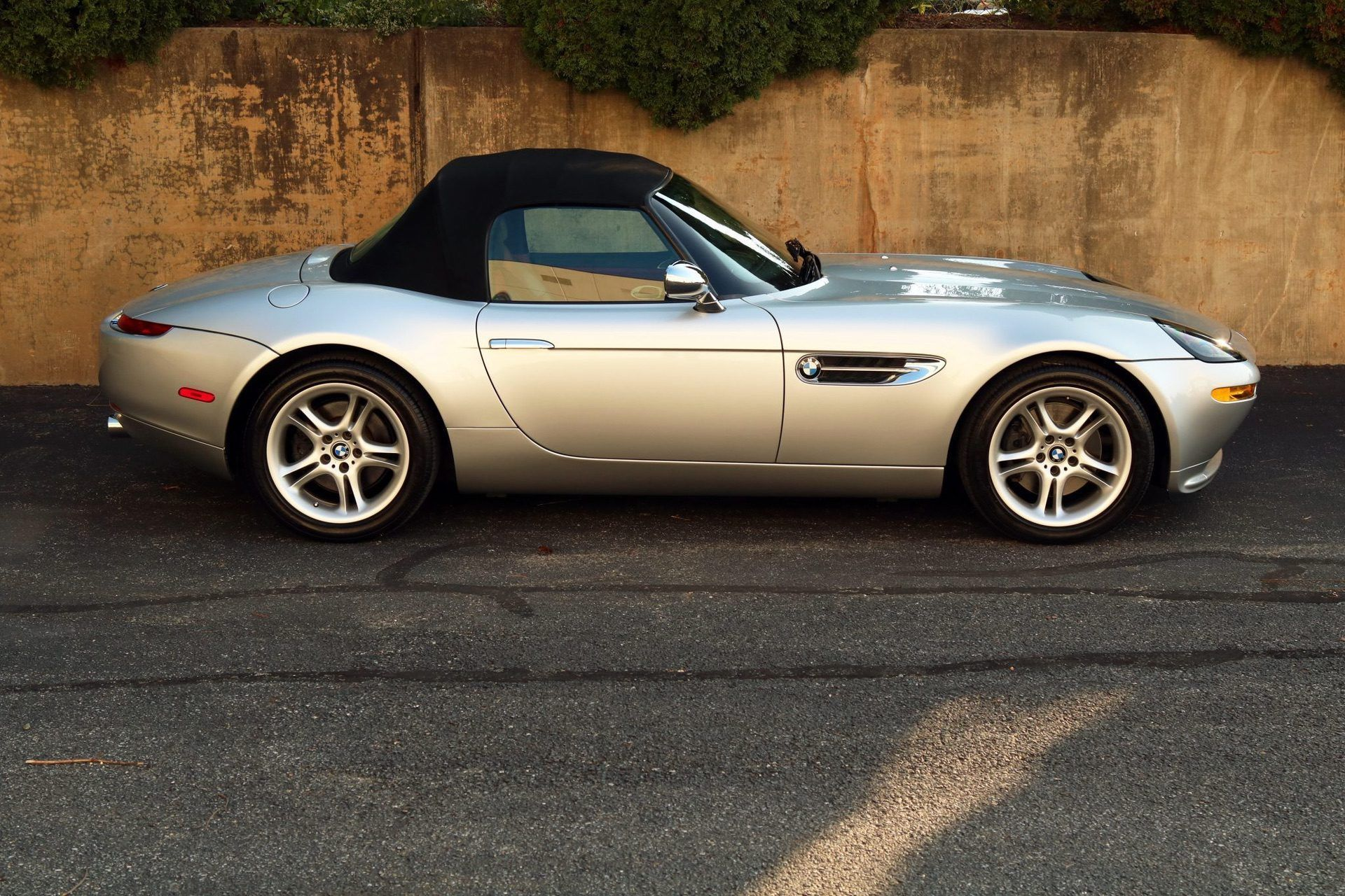 2002_BMW_Z8_auction_0022