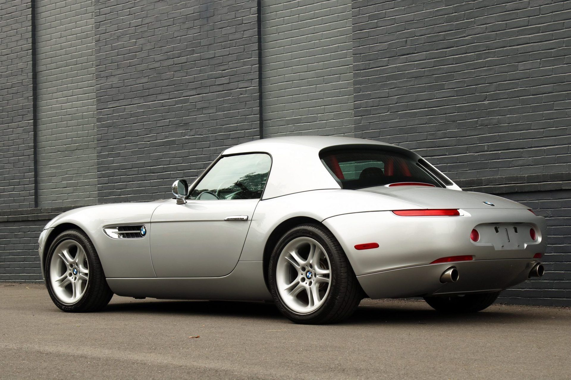 2002_BMW_Z8_auction_0026