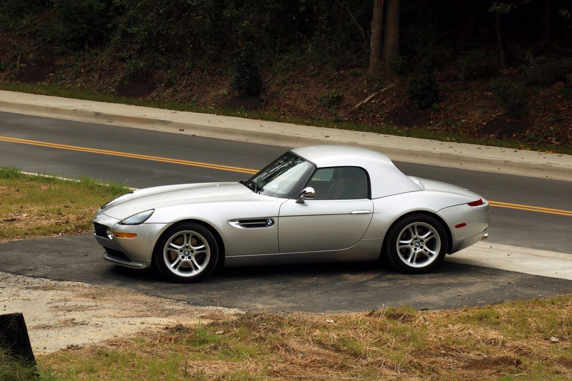 2002_BMW_Z8_auction_0027