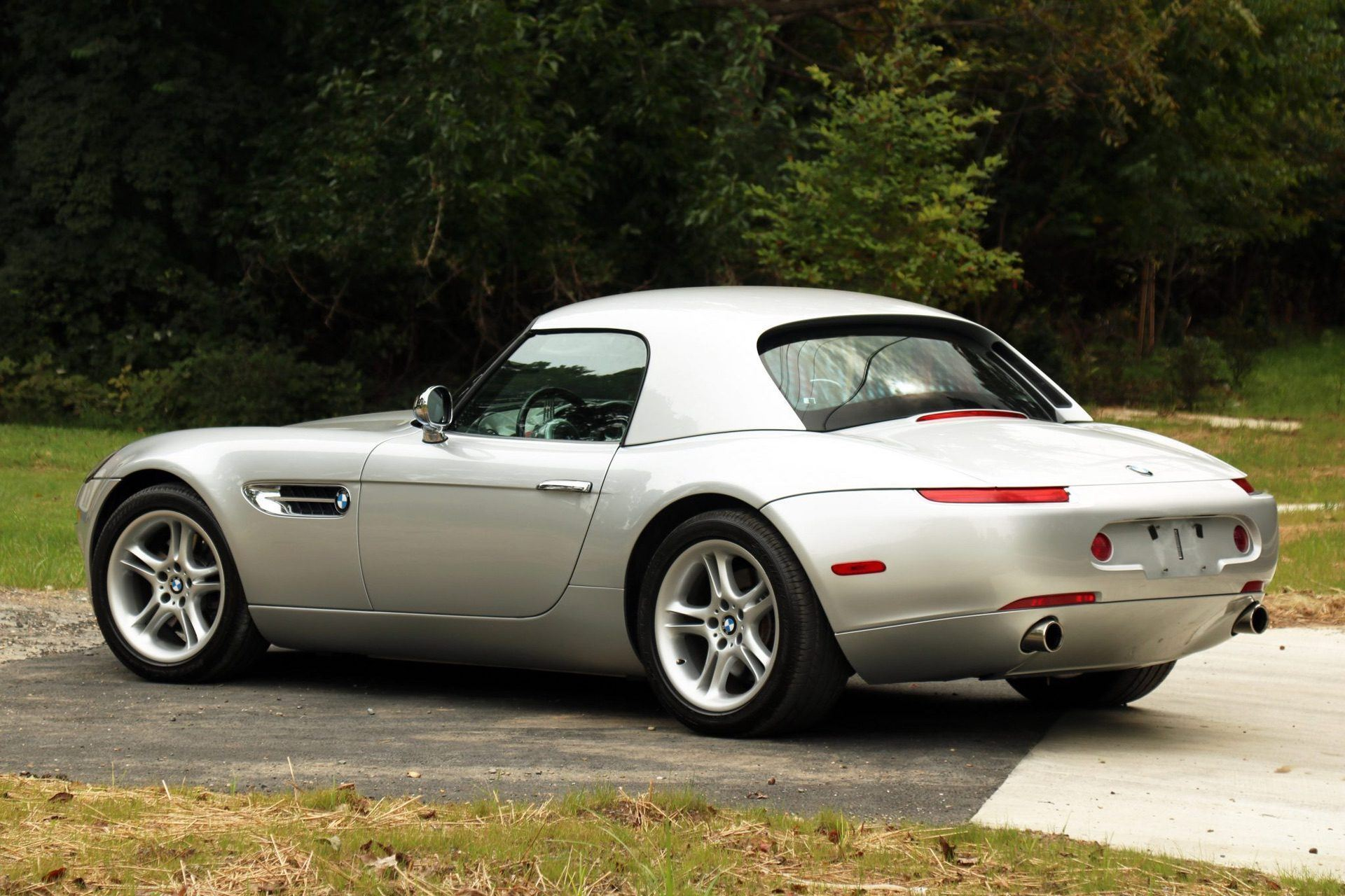 2002_BMW_Z8_auction_0028