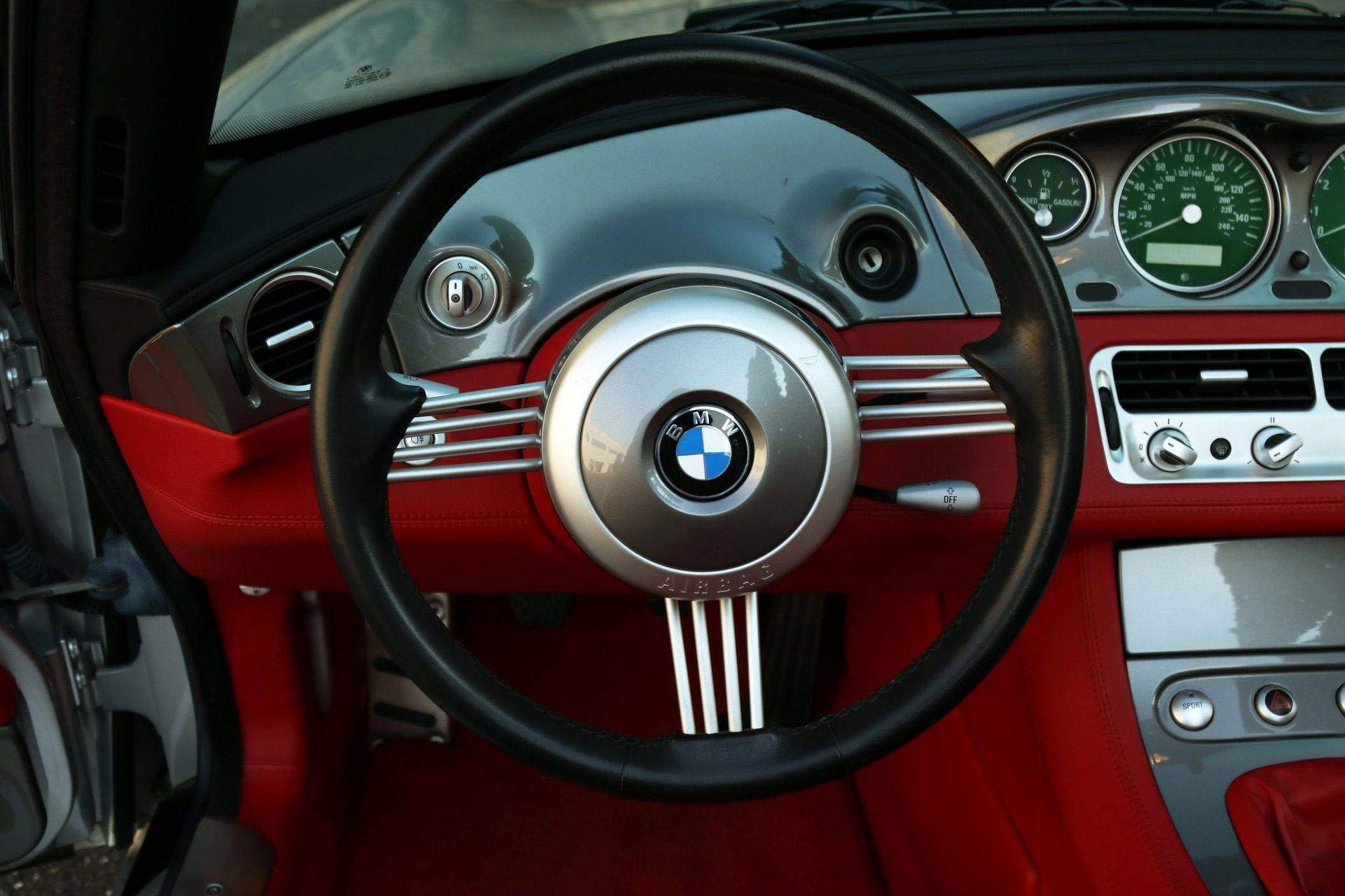 2002_BMW_Z8_auction_0046