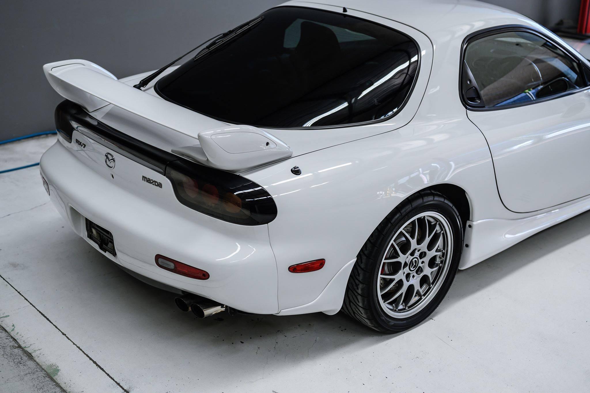 2002_Mazda_RX-7_Spirit-R_Type-A_sale_0011