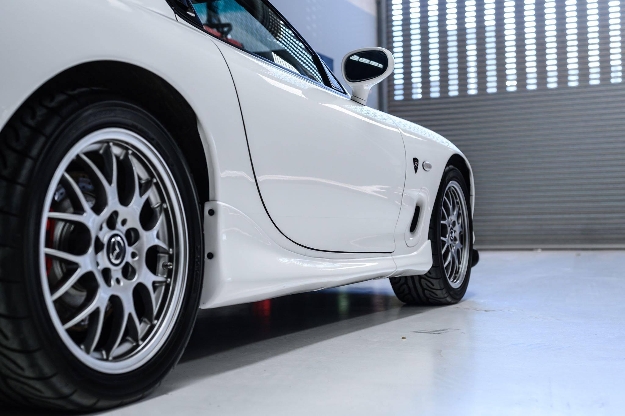 2002_Mazda_RX-7_Spirit-R_Type-A_sale_0014