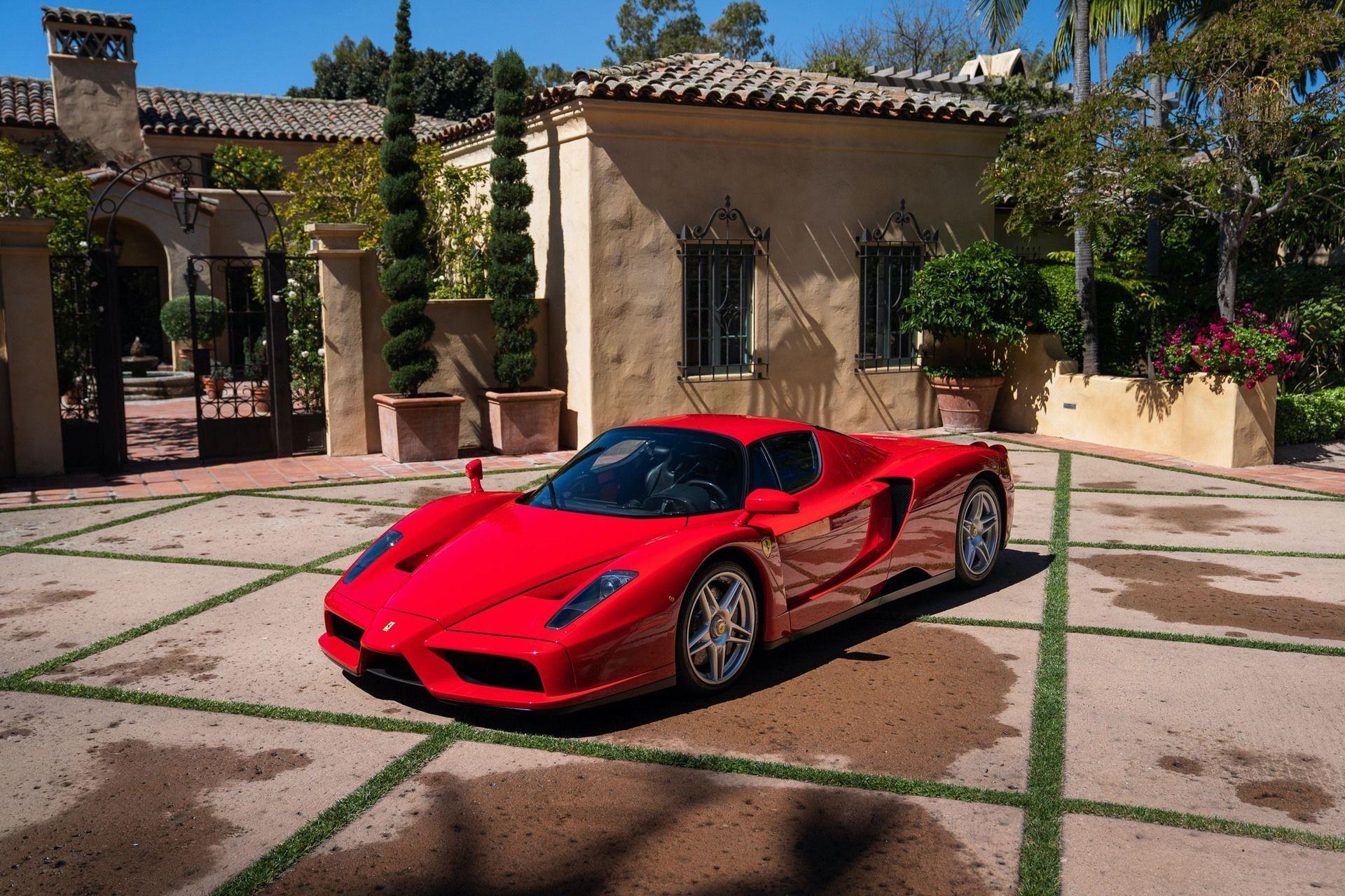 2003_Ferrari_Enzo_sale_0000