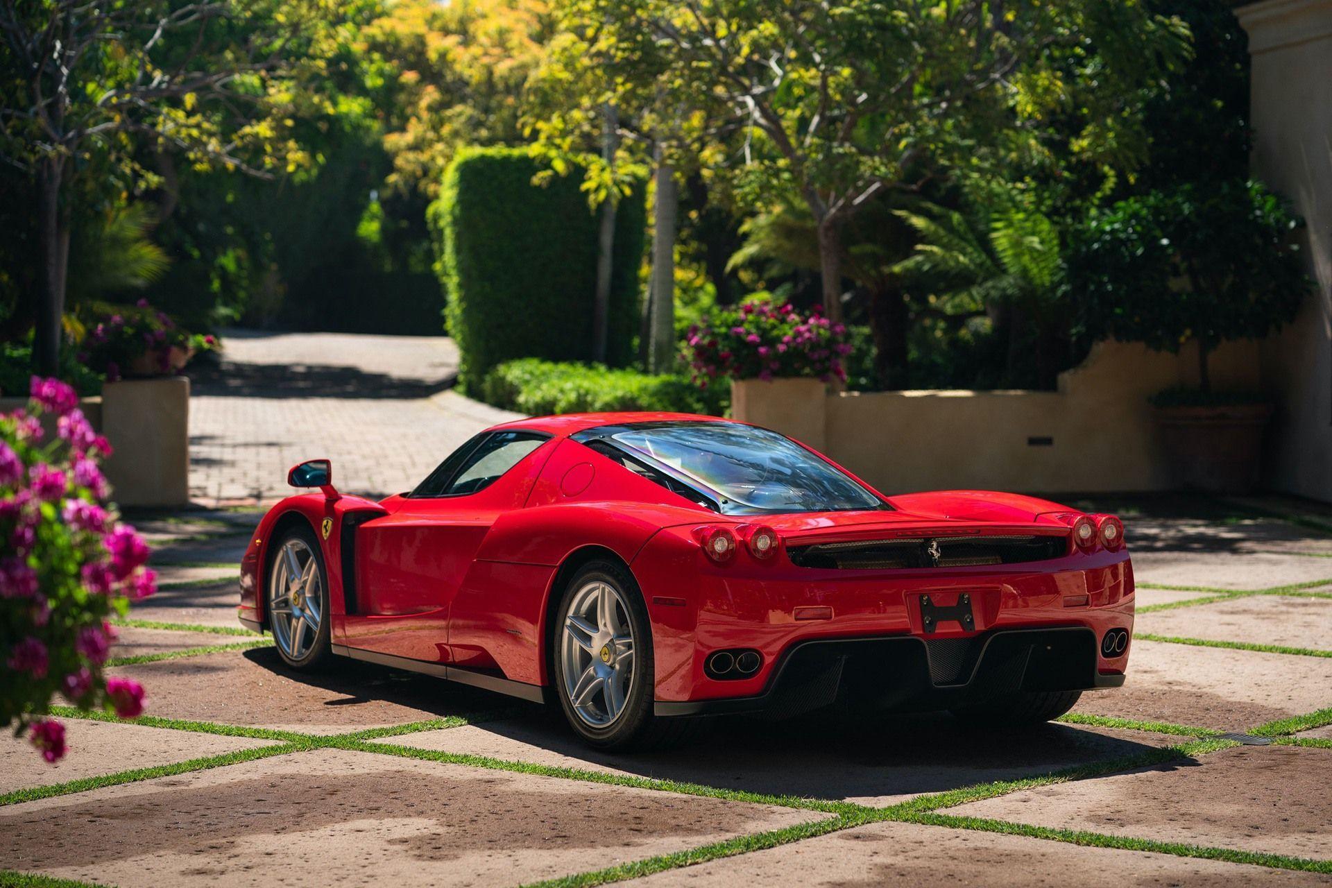 2003_Ferrari_Enzo_sale_0001