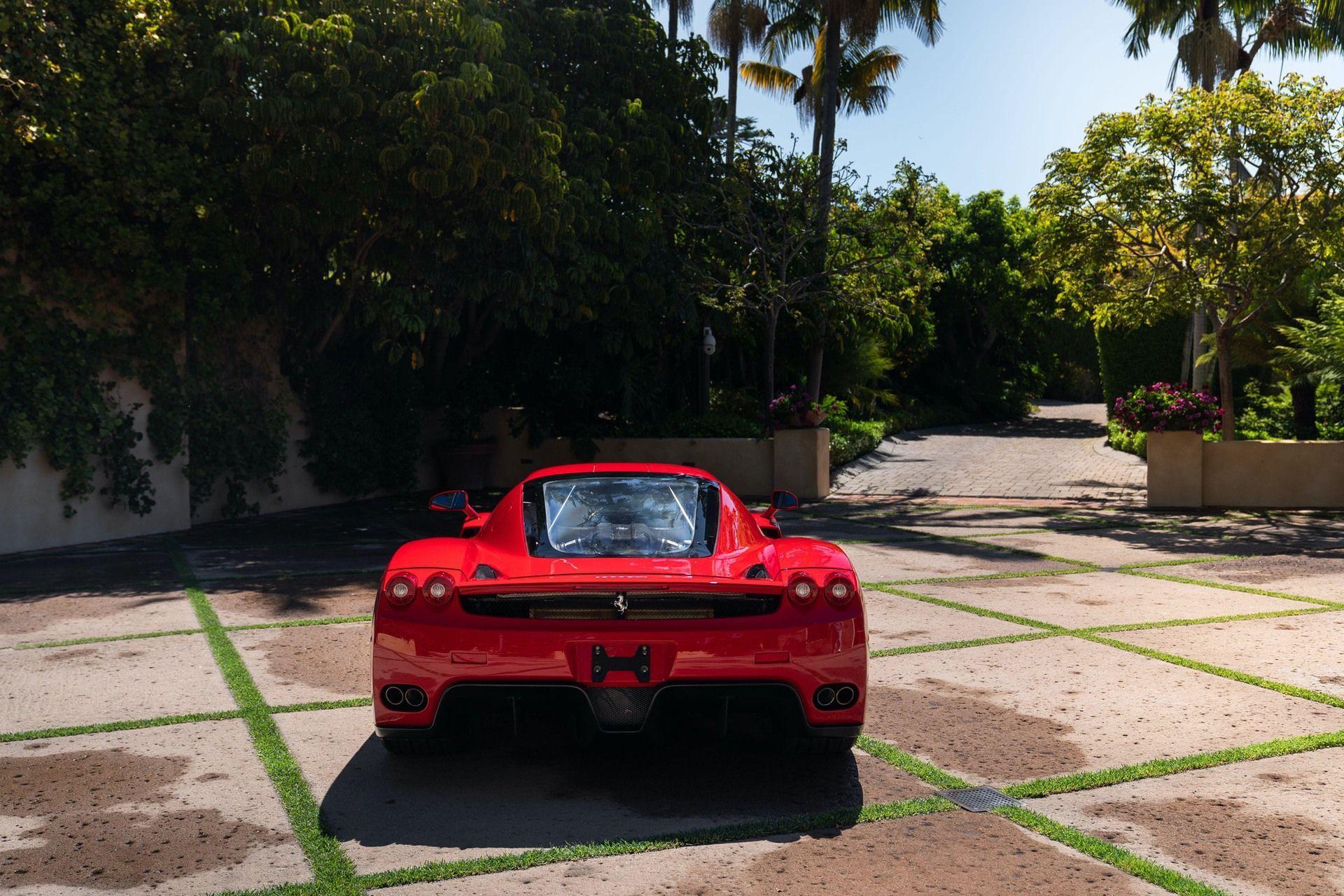2003_Ferrari_Enzo_sale_0006