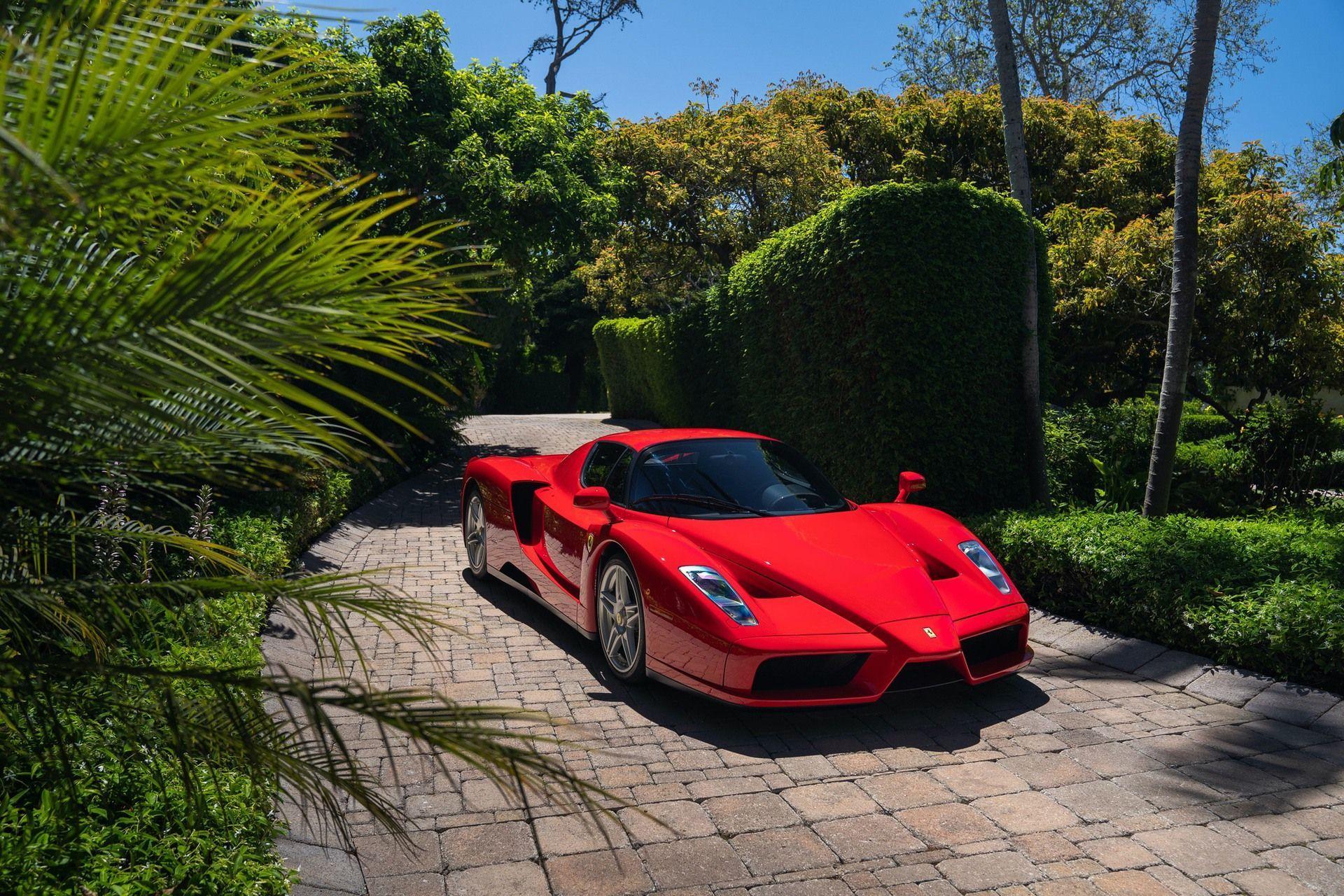 2003_Ferrari_Enzo_sale_0008