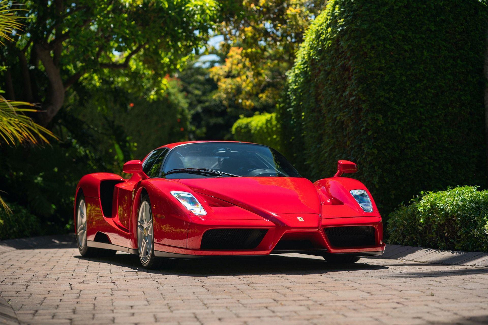 2003_Ferrari_Enzo_sale_0009
