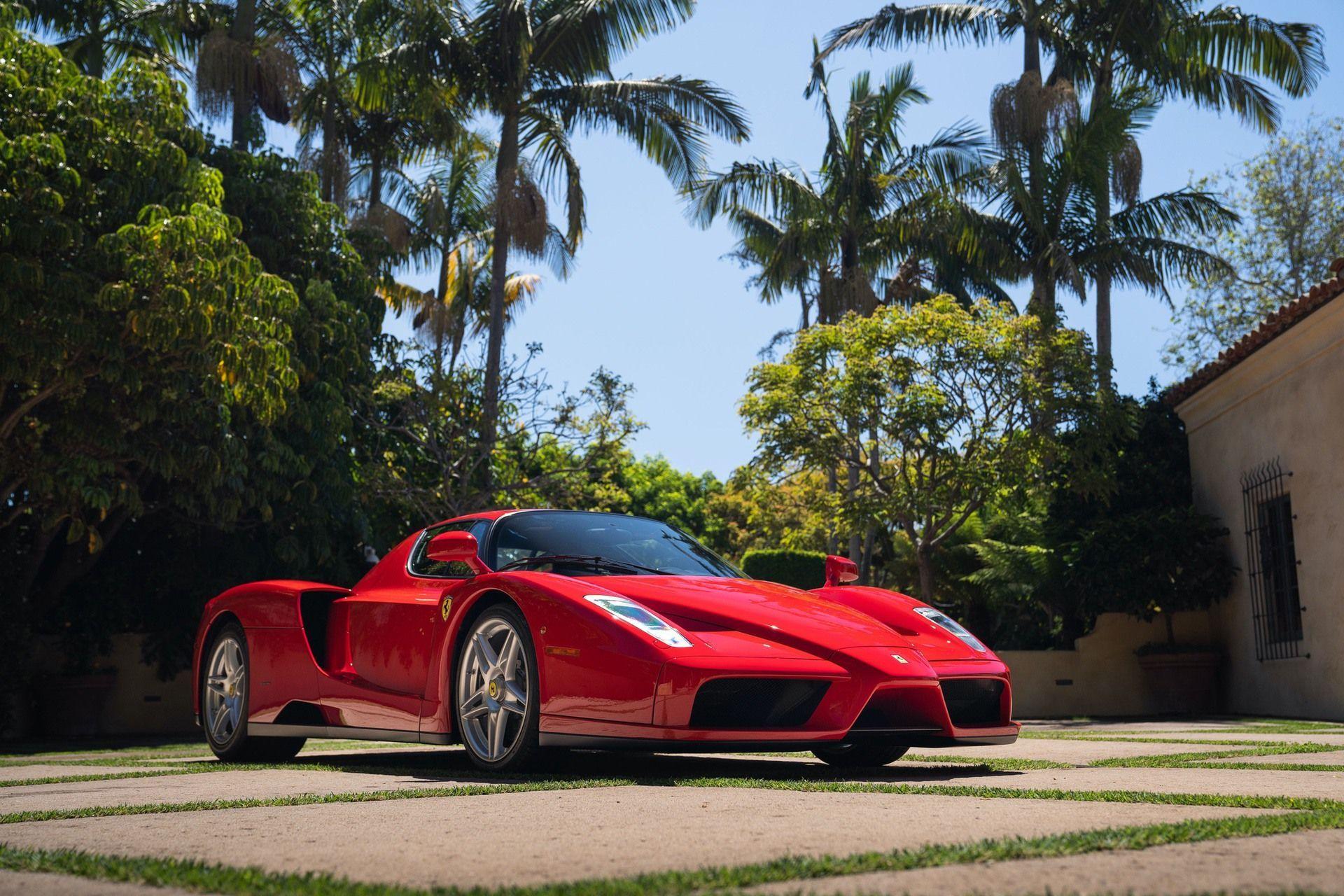 2003_Ferrari_Enzo_sale_0010