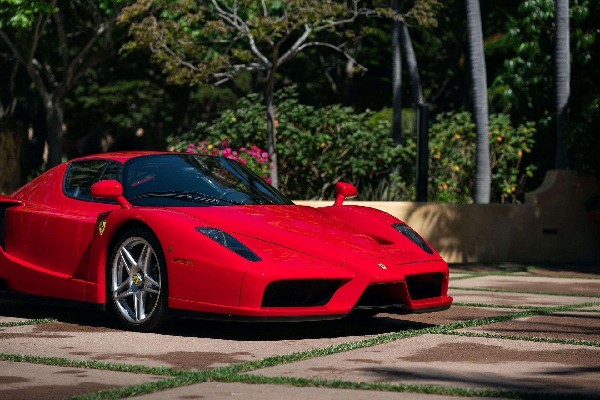 2003_Ferrari_Enzo_sale_0012