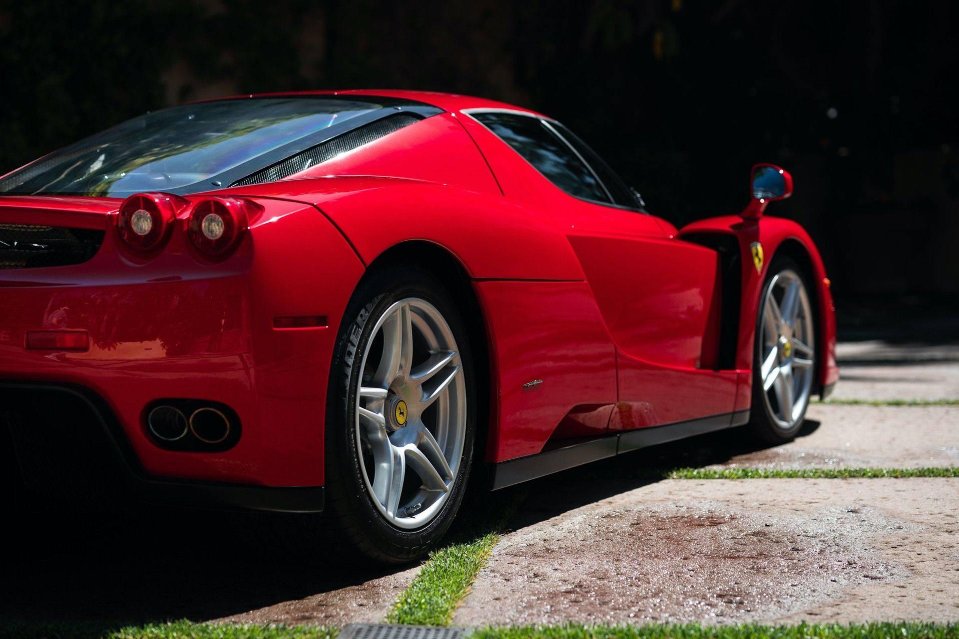 2003_Ferrari_Enzo_sale_0021