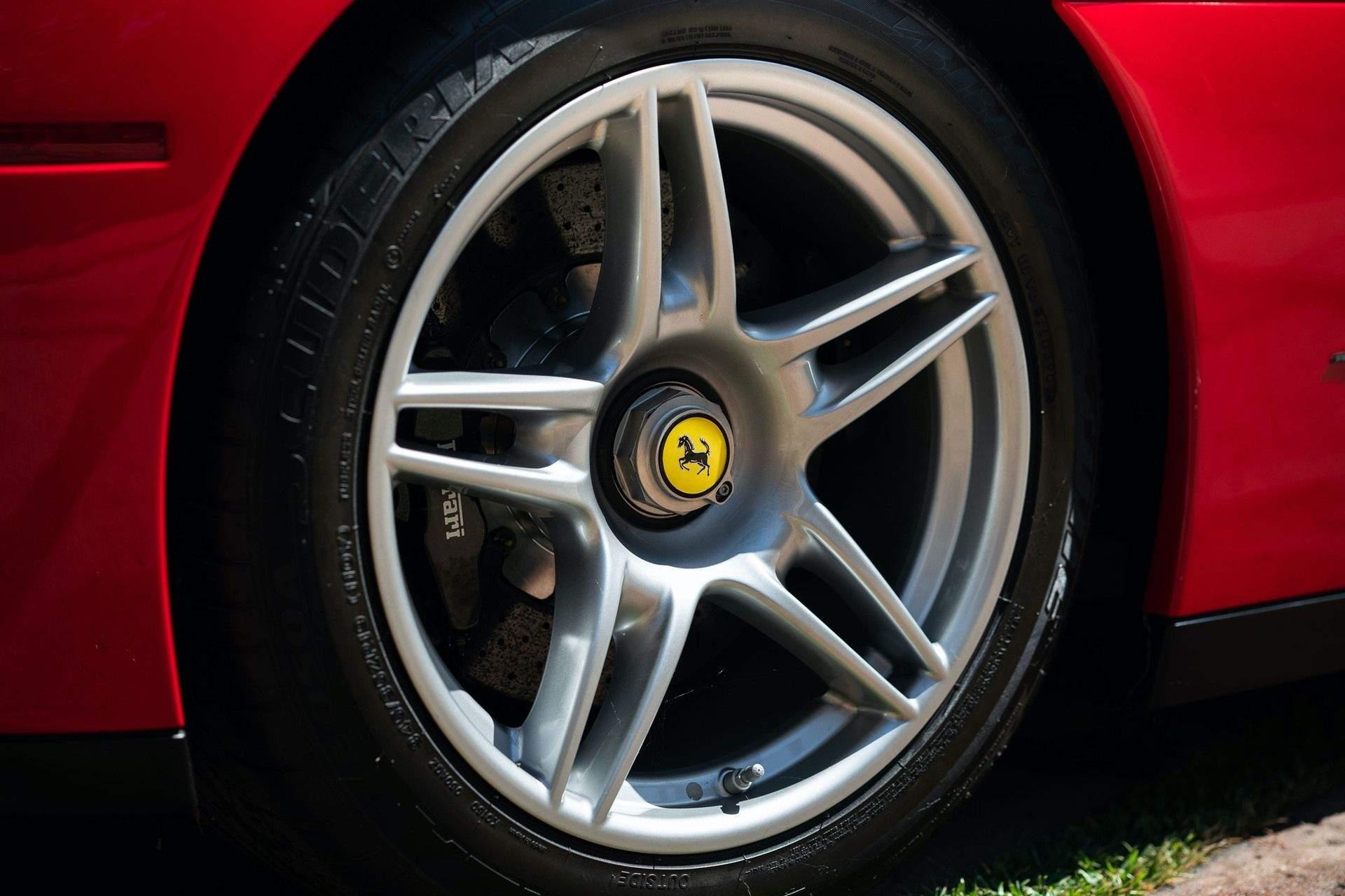 2003_Ferrari_Enzo_sale_0026