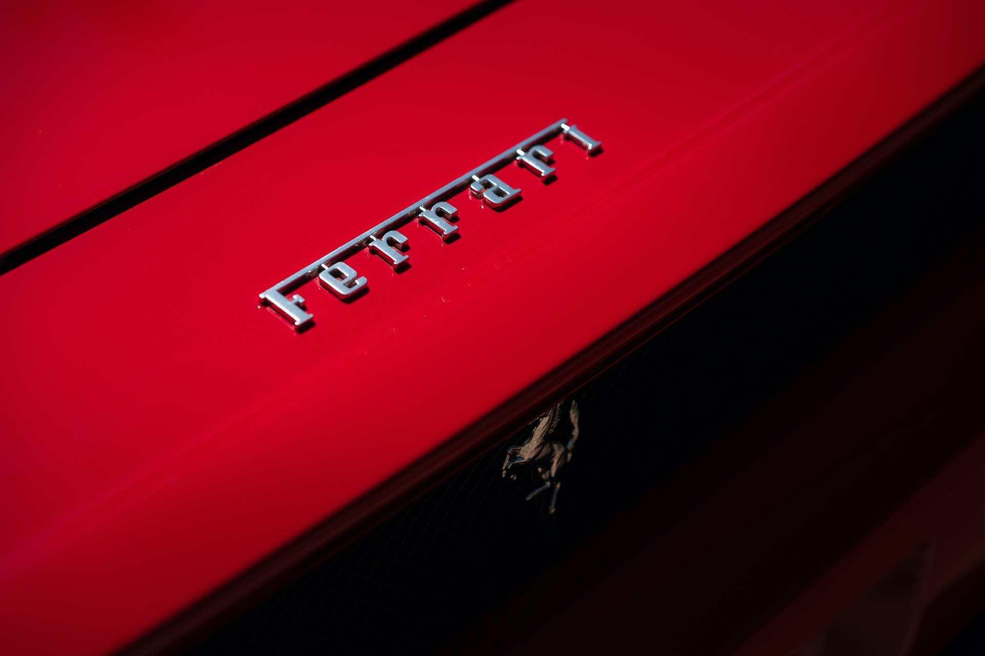 2003_Ferrari_Enzo_sale_0030