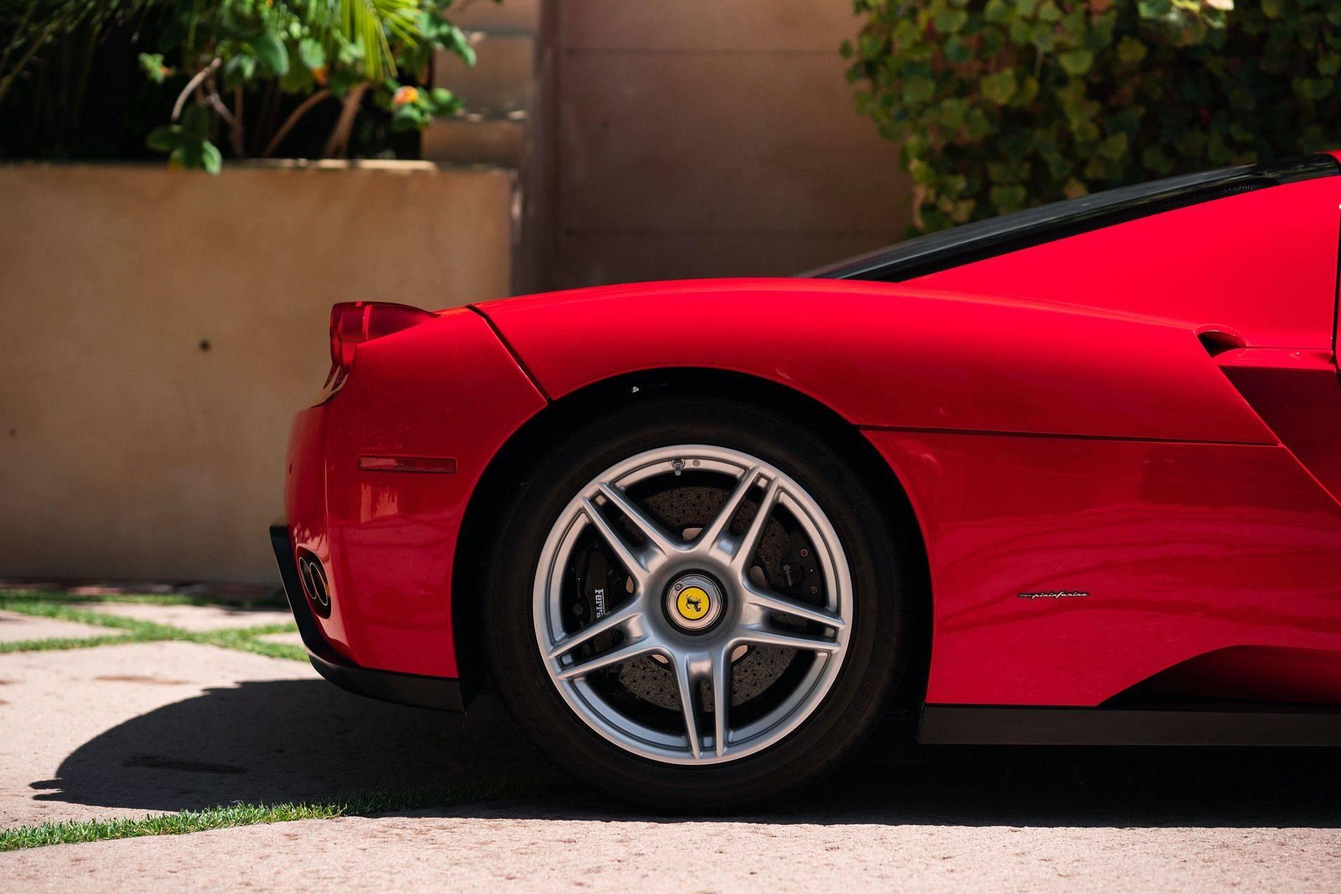 2003_Ferrari_Enzo_sale_0033