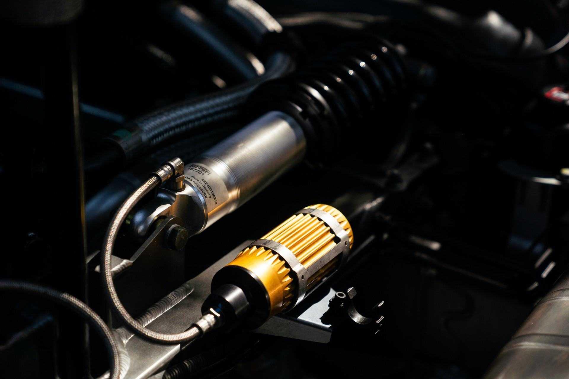 2003_Ferrari_Enzo_sale_0070