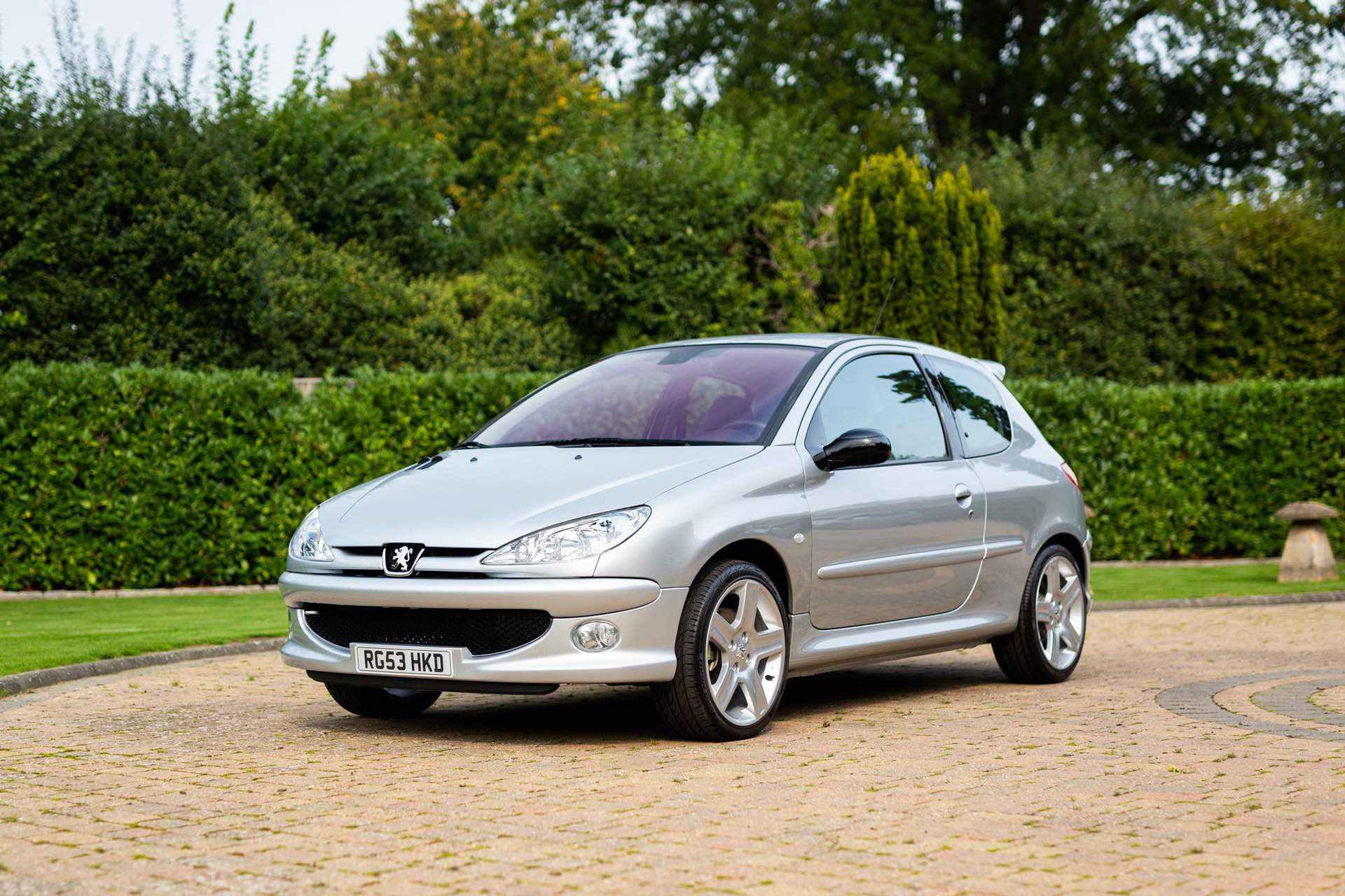 2003_Peugeot_206_RC_sale_0000